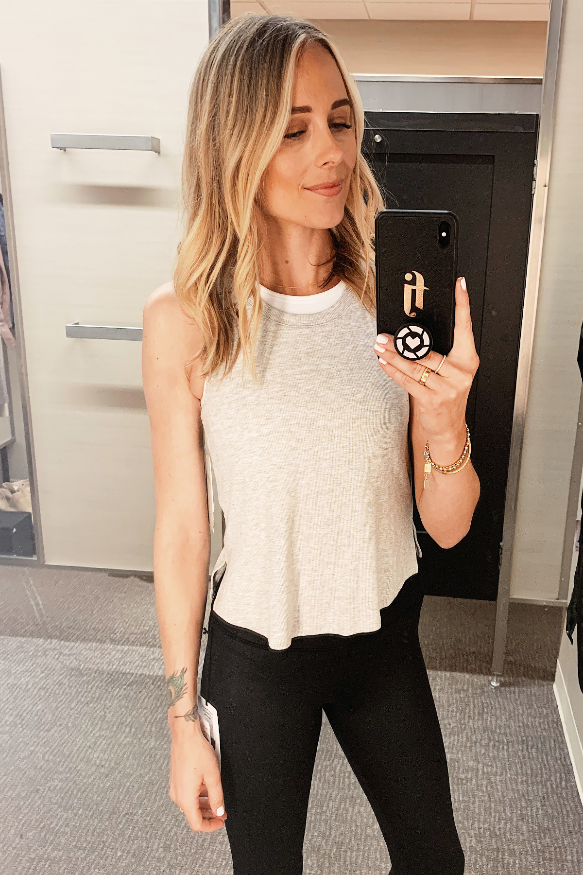 Fashion Jackson Wearing Nordstrom Anniversary Sale Zella Grey Tank White Sports Bra Alo Black Glossy Leggings