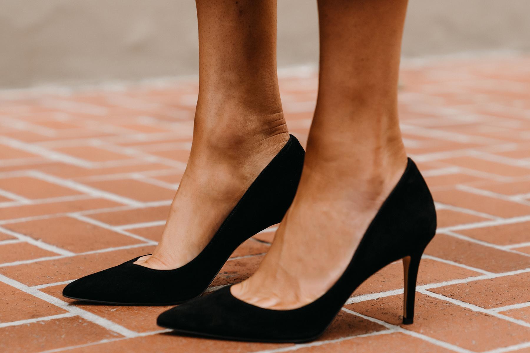 Fashion Jackson Wearing Ann Taylor Black Mila Pumps