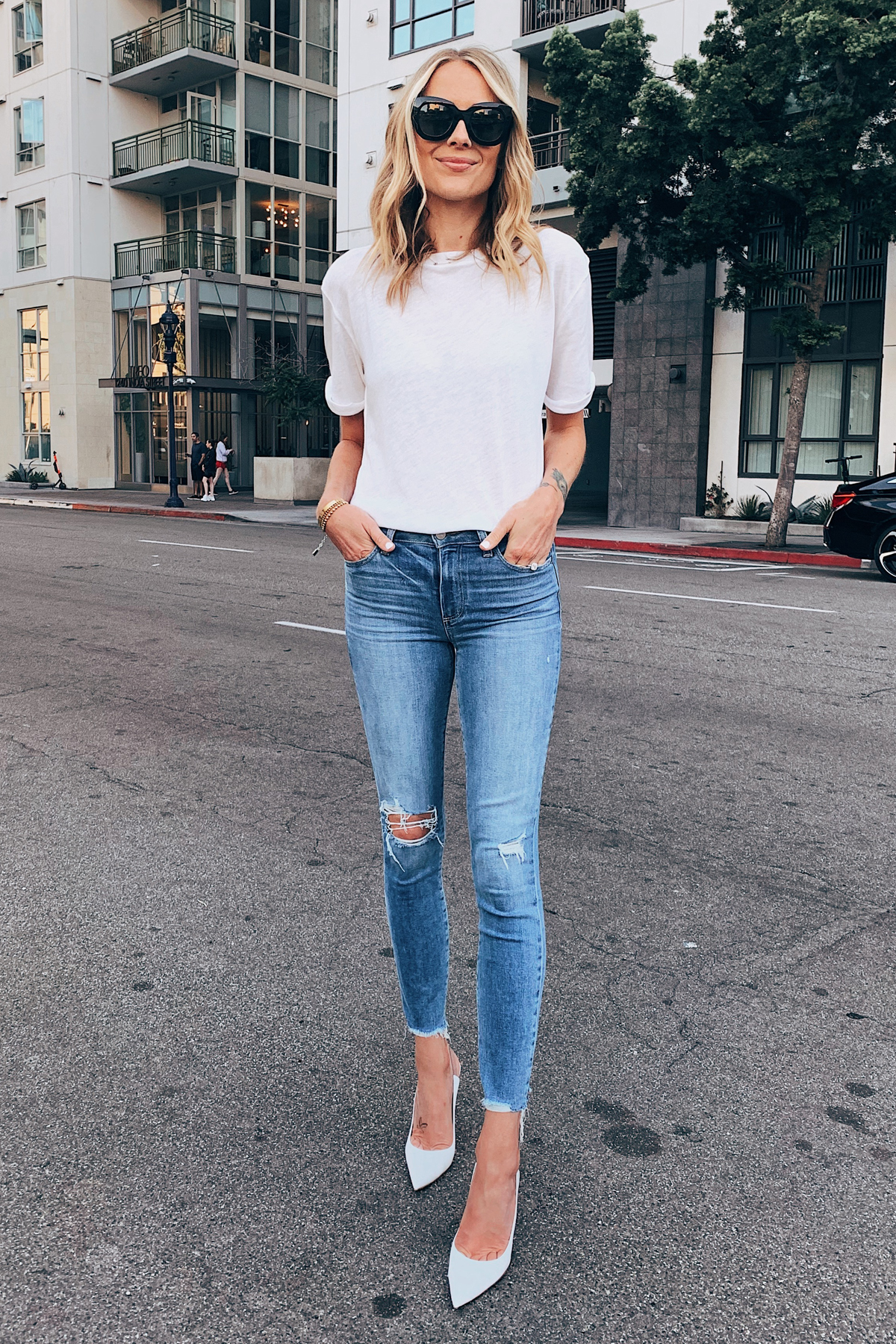 Fashion Jackson Wearing White Tshirt Paige Ripped Skinny Jeans White Pumps
