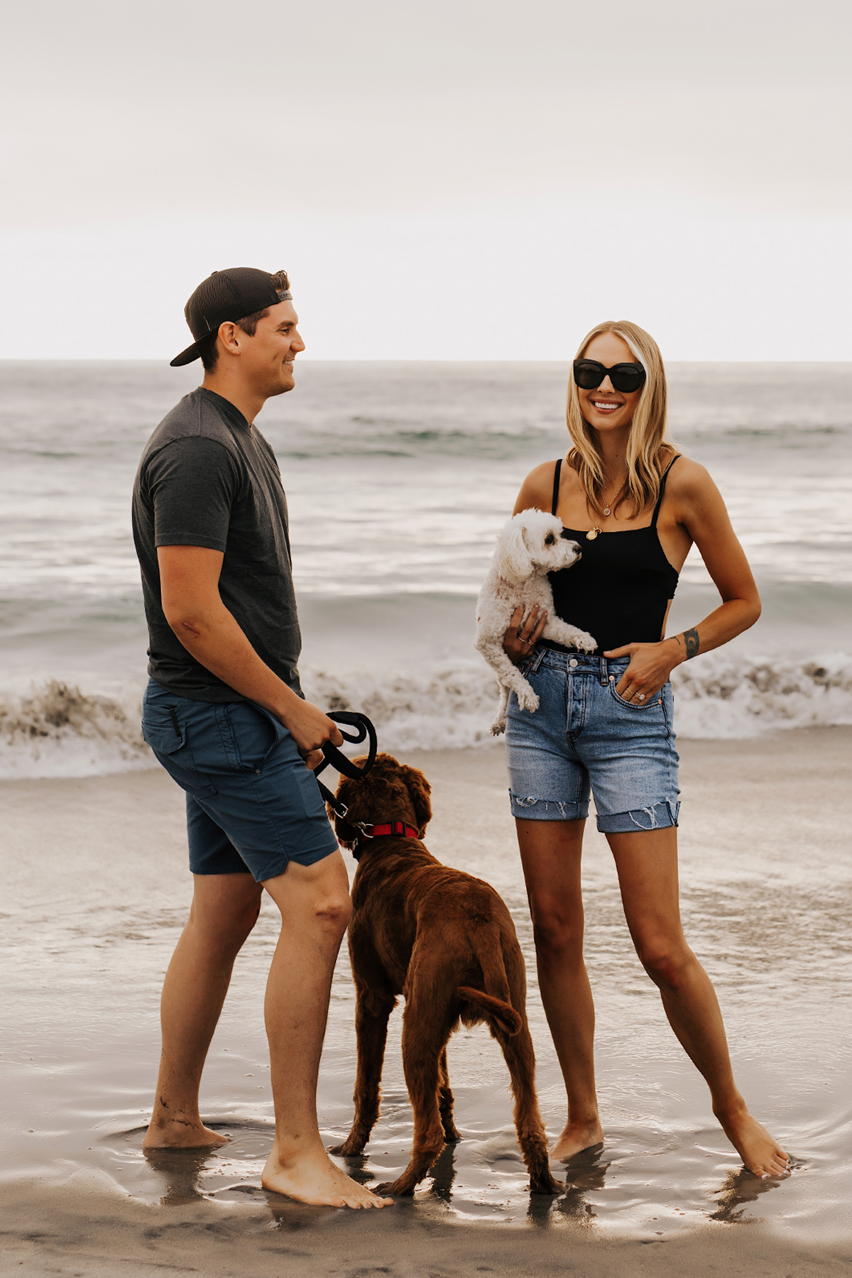 Fashion Jackson at San Diego Dog Beach with fiance Will and Dogs Wearing Summer Beach Outfits 1