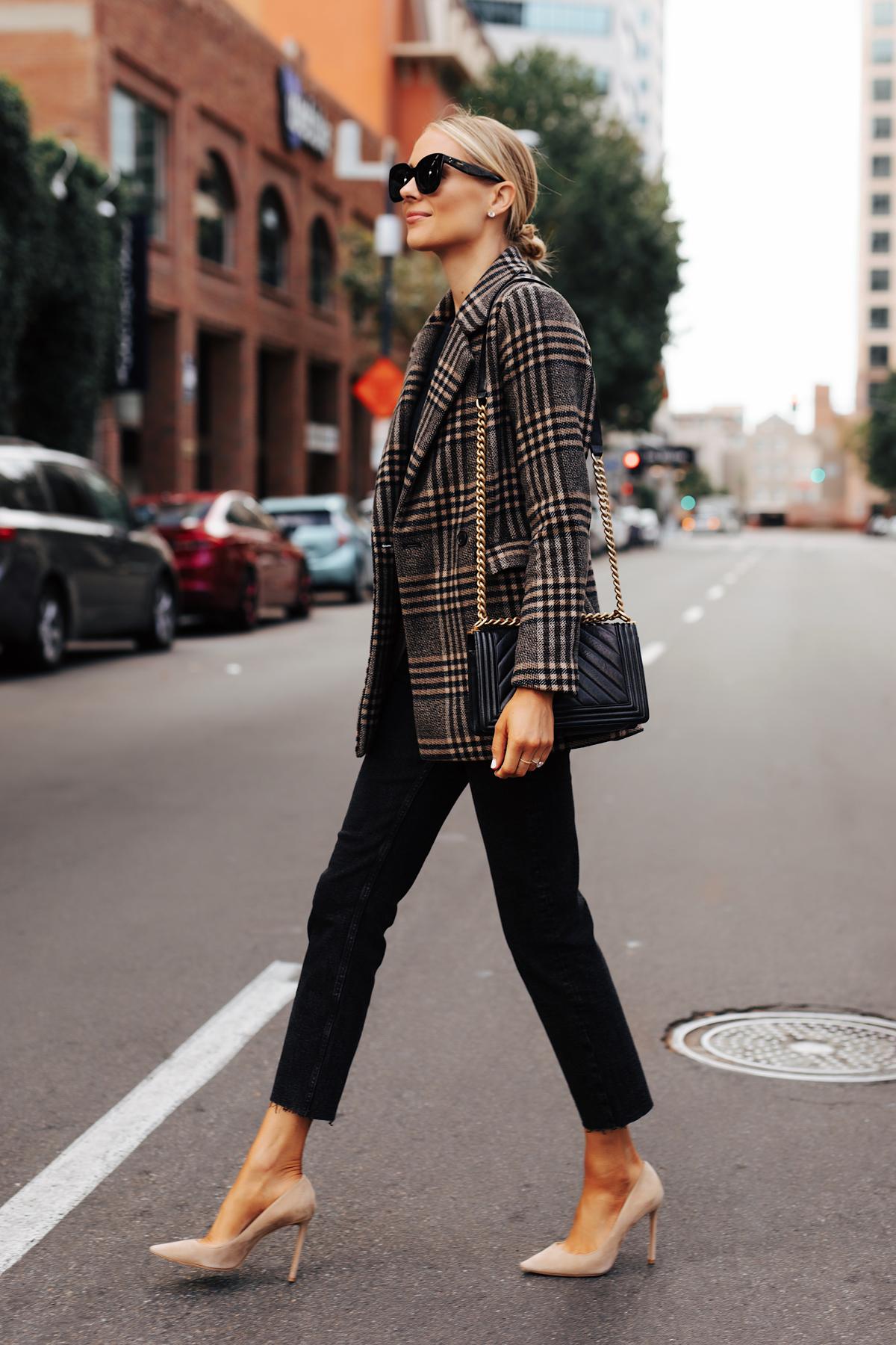 Fashion Jackson Wearing Abercrombie Wool Plaid Blazer Black Raw Hem Jeans Fall Outfit