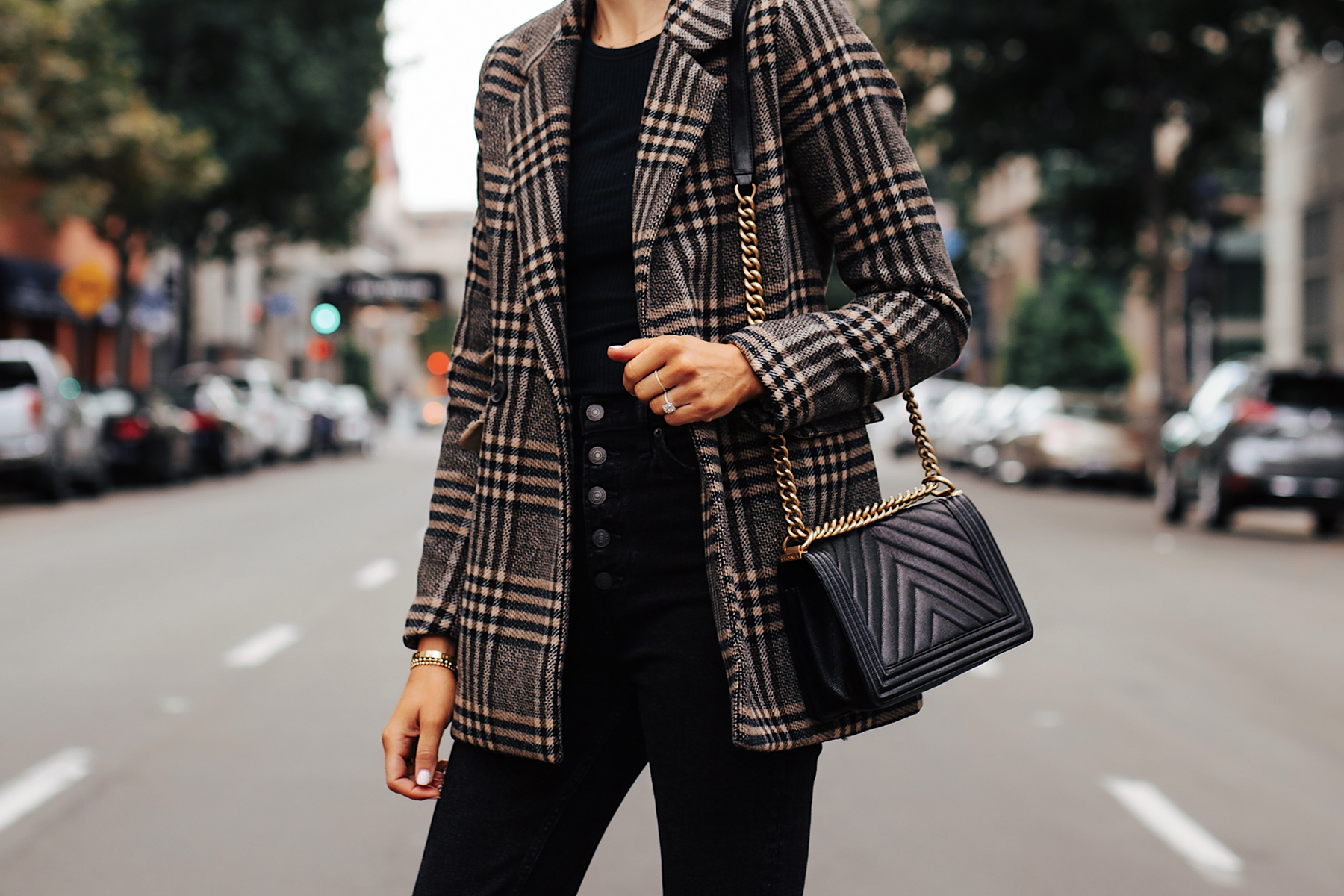 Fashion Jackson Wearing Abercrombie Wool Plaid Blazer Black Tshirt Black Jeans Fall Outfit