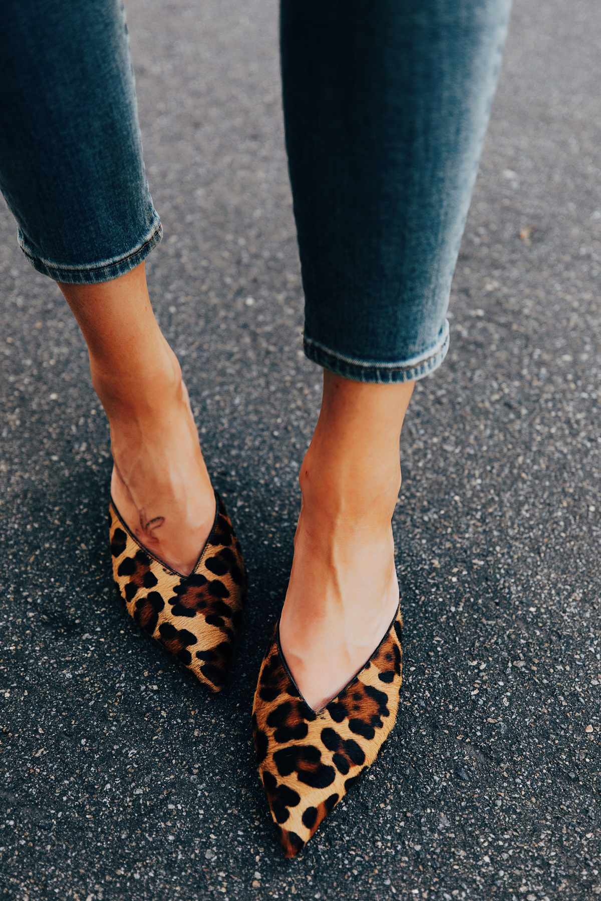 Fashion Jackson Wearing Denim Skinny Jeans Jcrew Leopard Point Toe Mules
