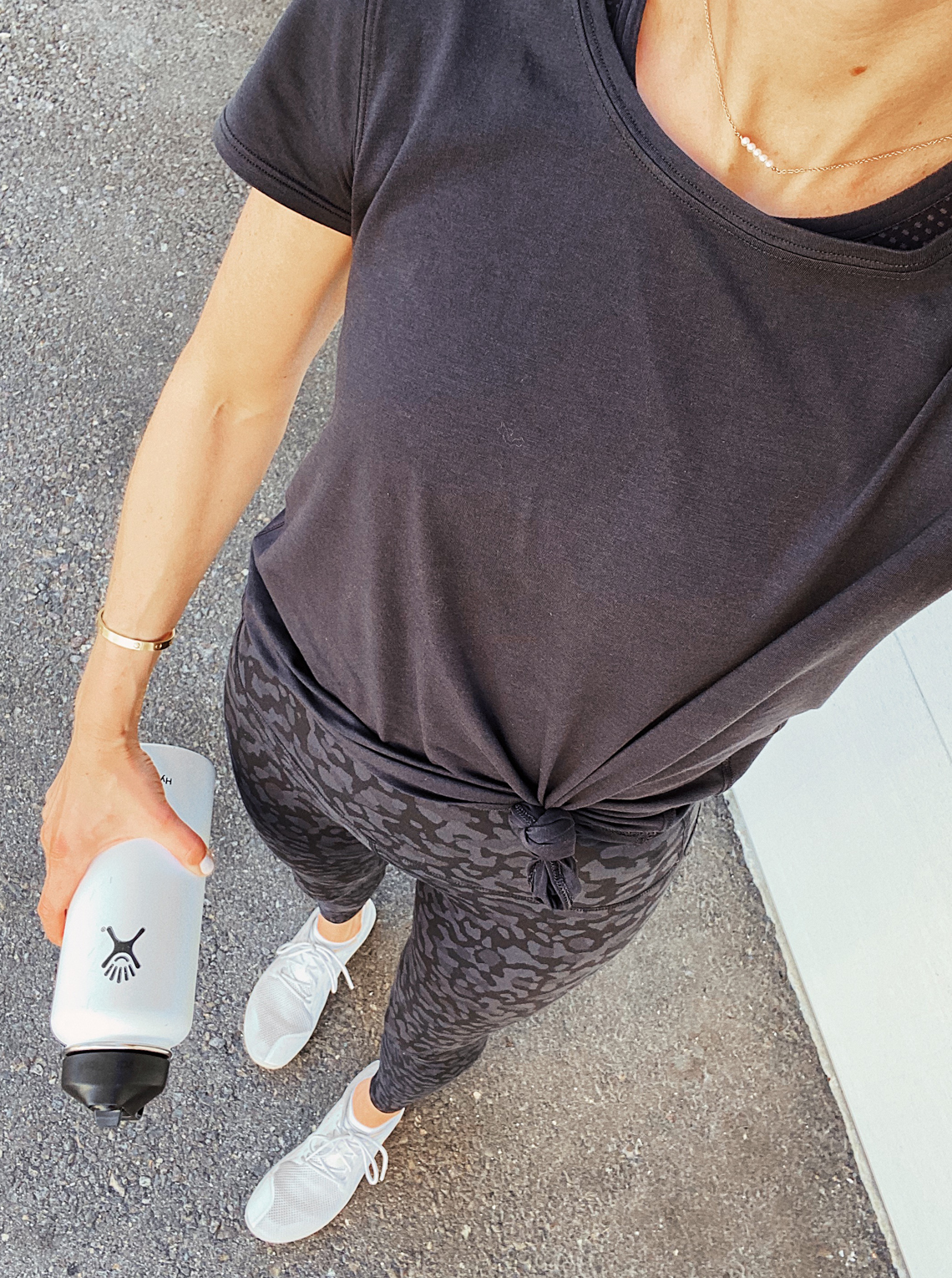 Fashion Jackson Wearing lululemon align black leopard leggings black workout tshirt fitness outfit