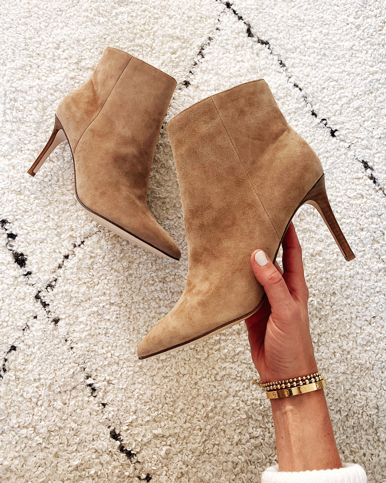 Fashion Jackson Nine West Tan Suede Booties