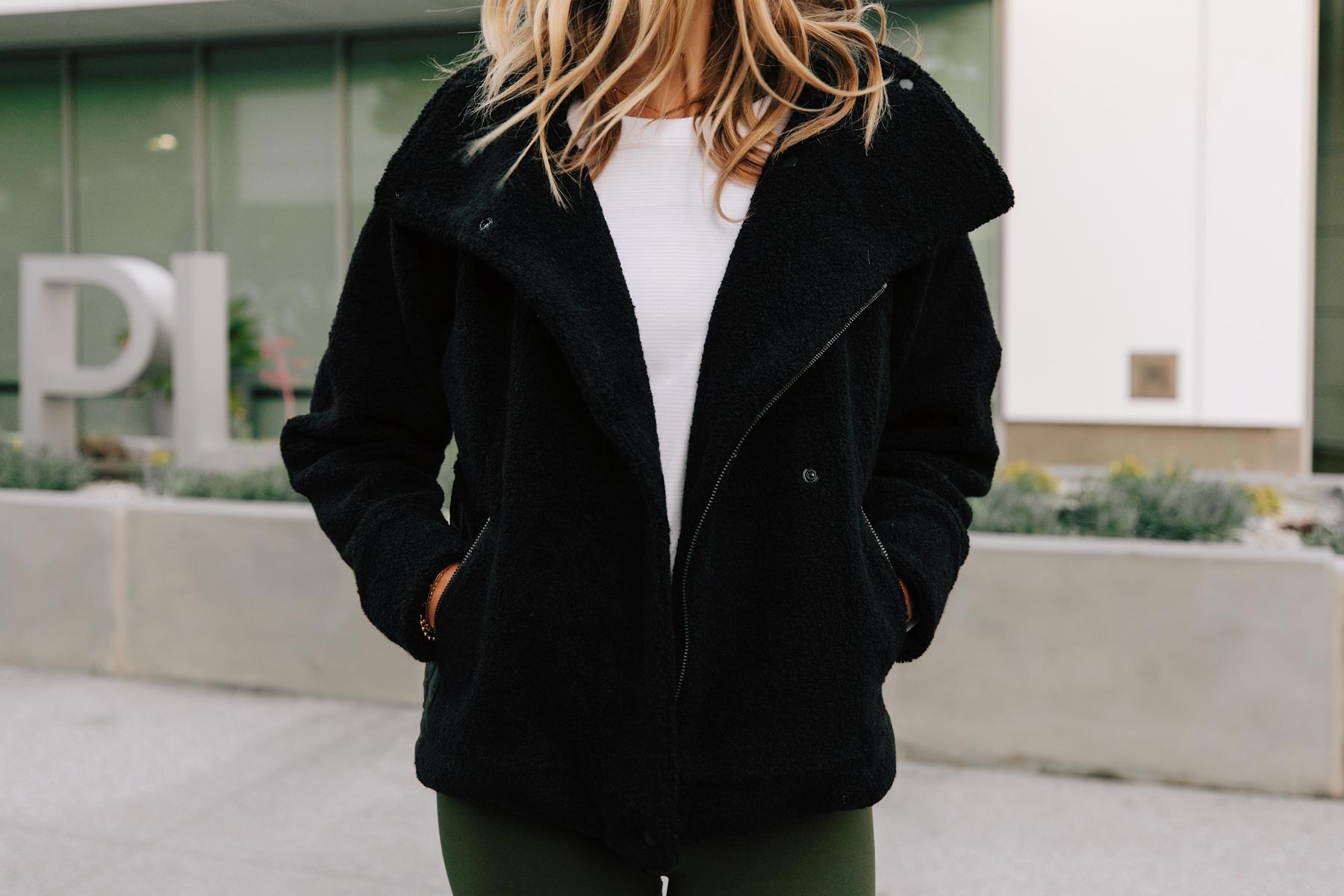 Fashion Jackson Wearing lululemon Black Sherpa Jacket