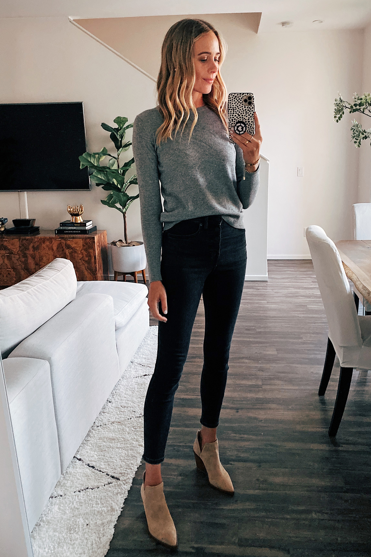 Fashion Jackson Wearing Everlane Classic Grey Cashmere Sweater Black Skinny Jeans