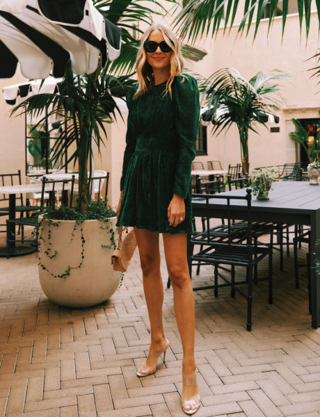 A Green Velvet Holiday Dress <br> For When You're Wanting <br> to Look Extra Festive