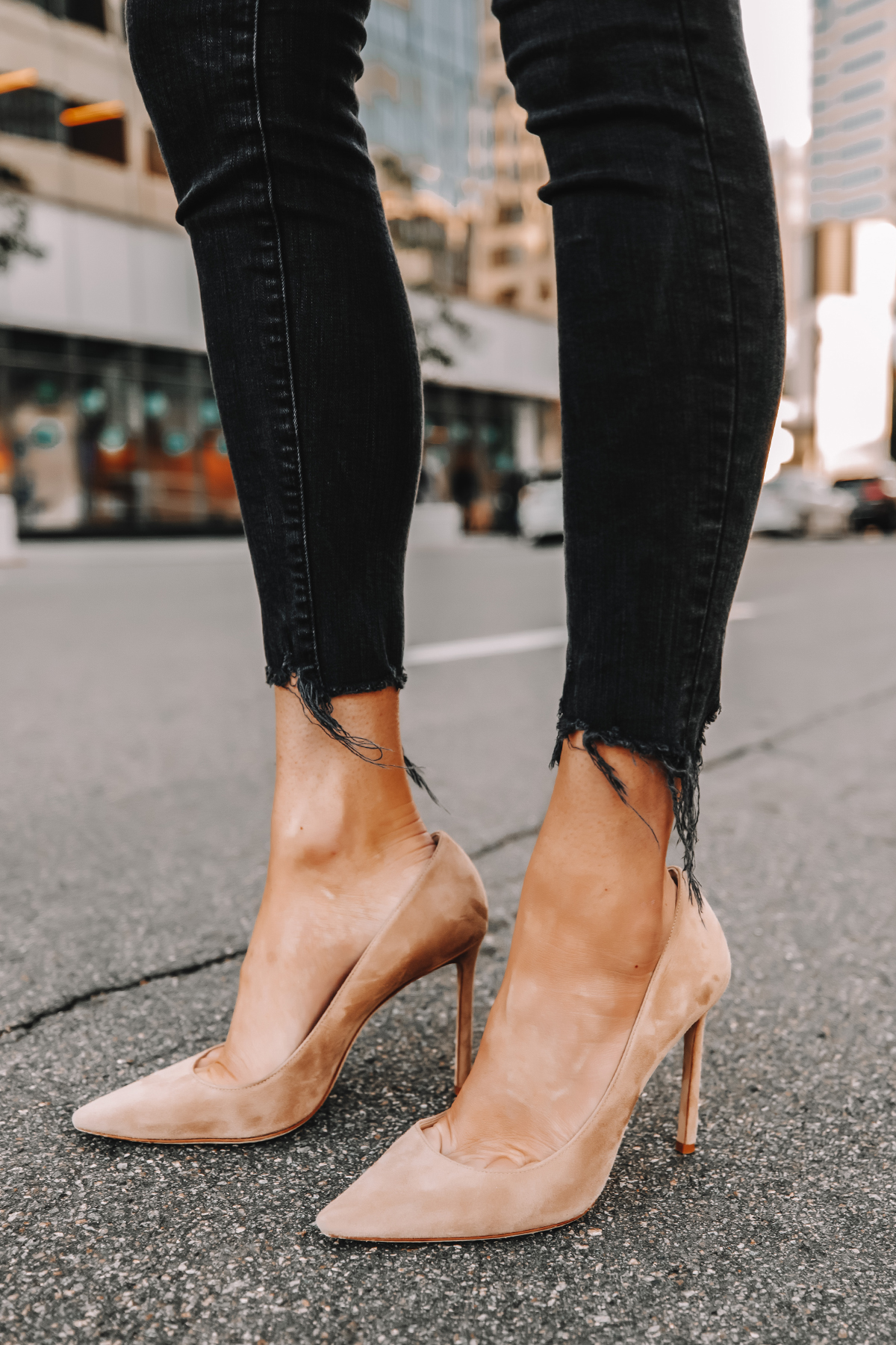 Fashion Jackson Wearing Black Frayed Skinny Jeans Nude Suede Pumps