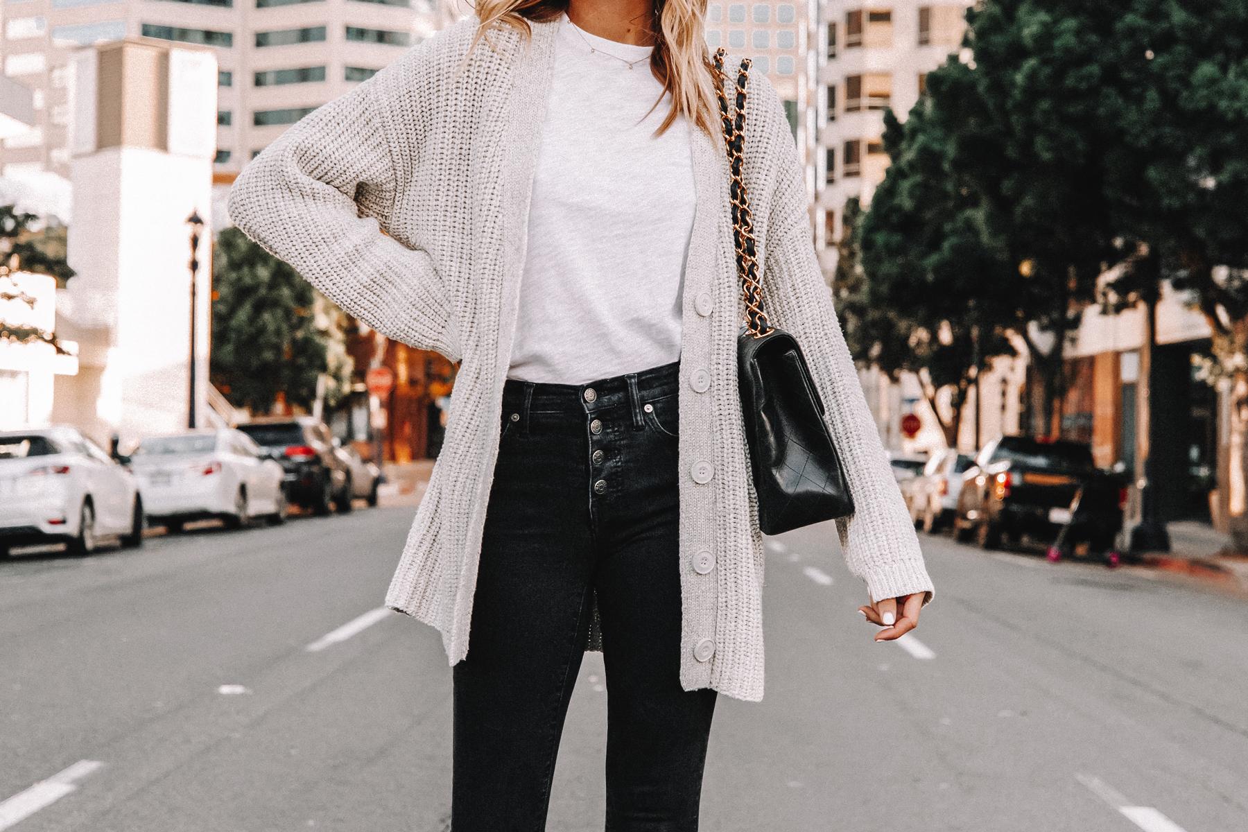 Fashion Jackson Wearing Oversized Cardigan White Tshirt Black Jeans 1