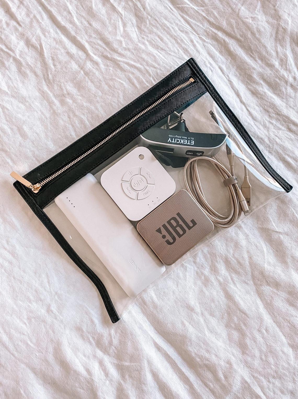 Fashion Jackson Amazon Tech Travel Essentials