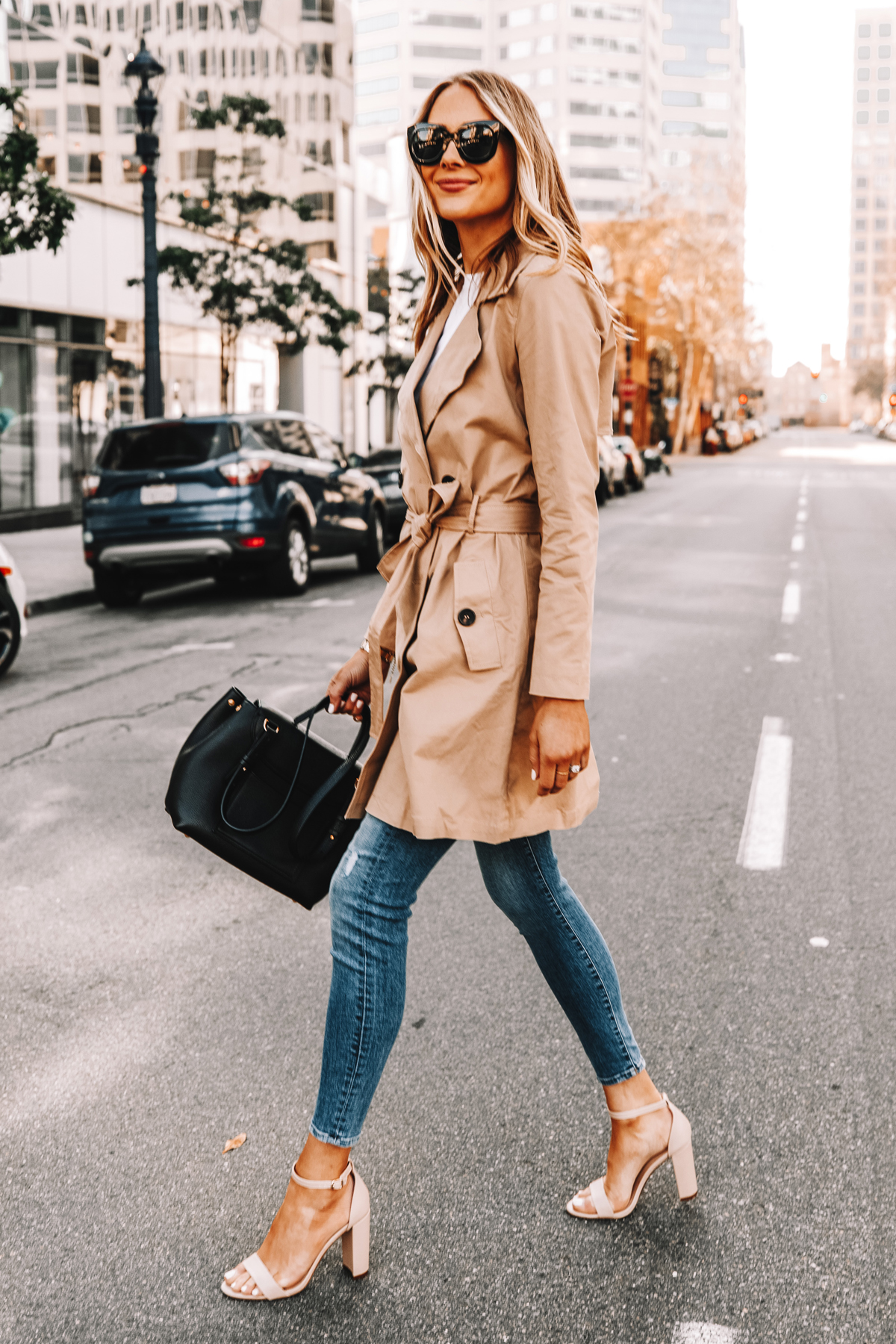 Fashion Jackson Wearing Amazon The Drop Trench Coat Skinny Jeans Nude Ankle Strap Heeled Sandals Street Style