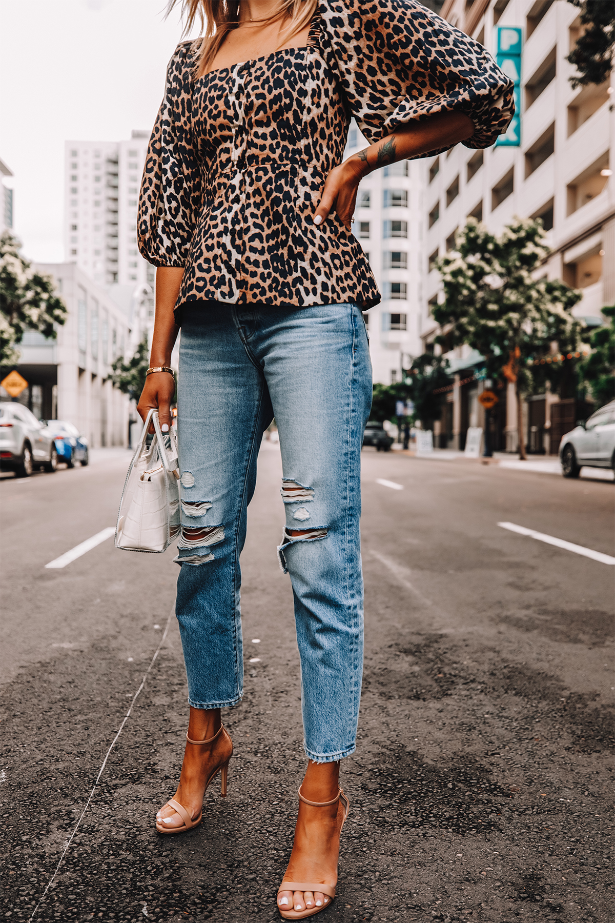 Fashion Jackson Wearing Ganni Leopard Top Frame Ripped Mom Jeans Nude Heeled Sandals