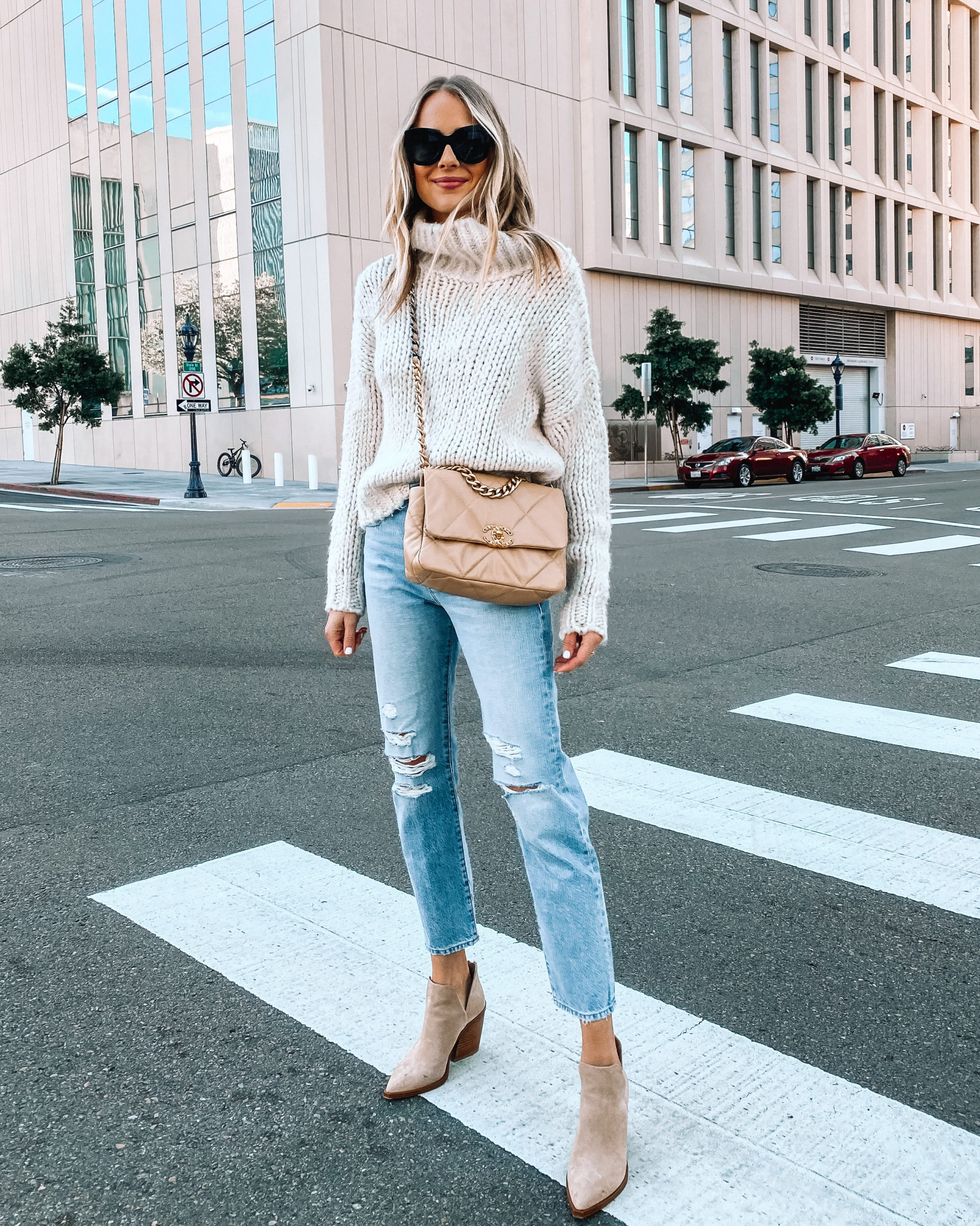 Fashion Jackson Wearing Topshop Chunky Sweater Frame Ripped Mom Jeans Tan Booties
