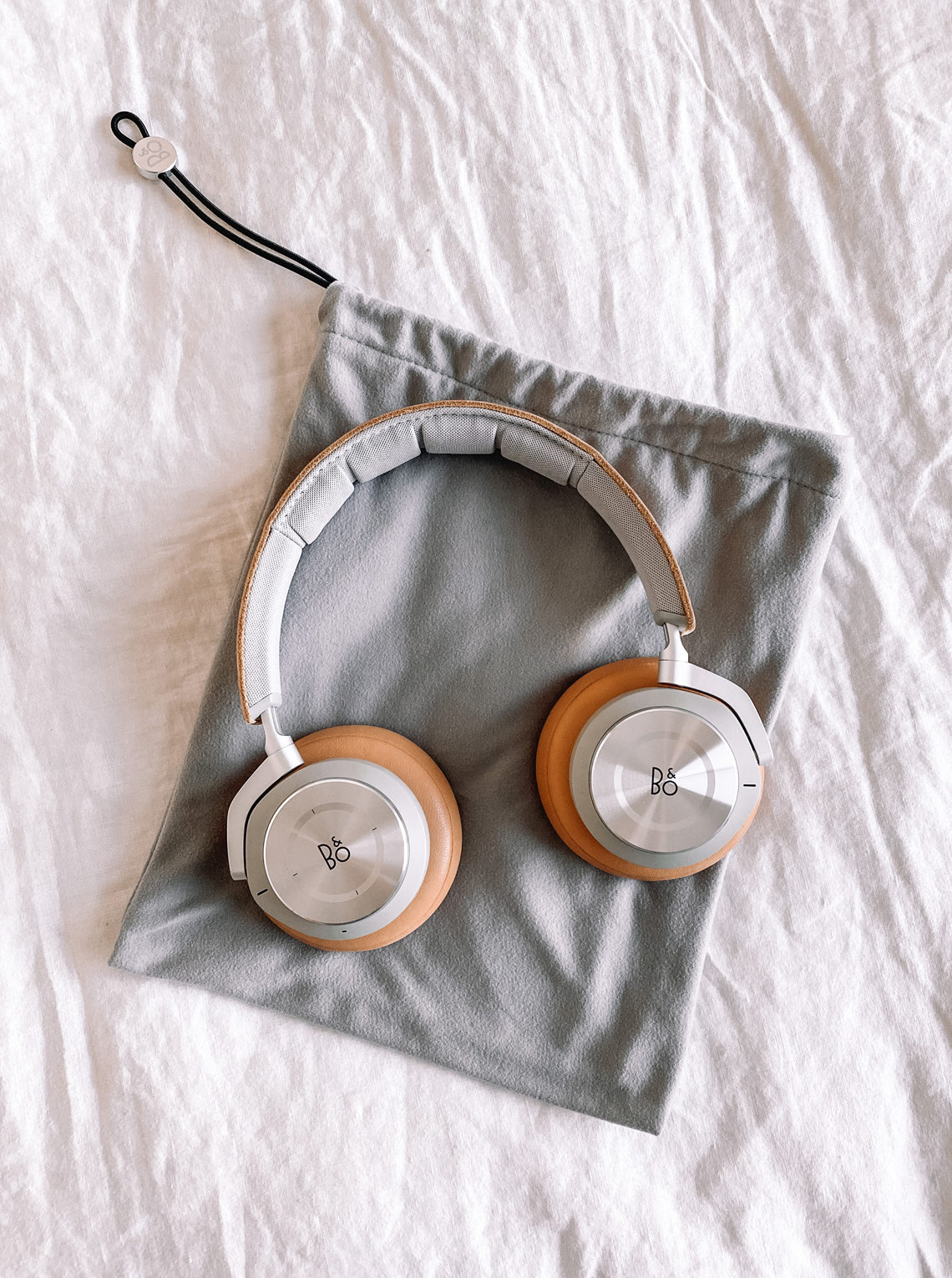 bang and Olufsen headphones fashion jackson