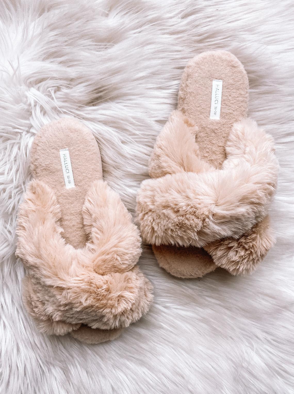 Fashion Jackson Amazon Fuzzy Slippers