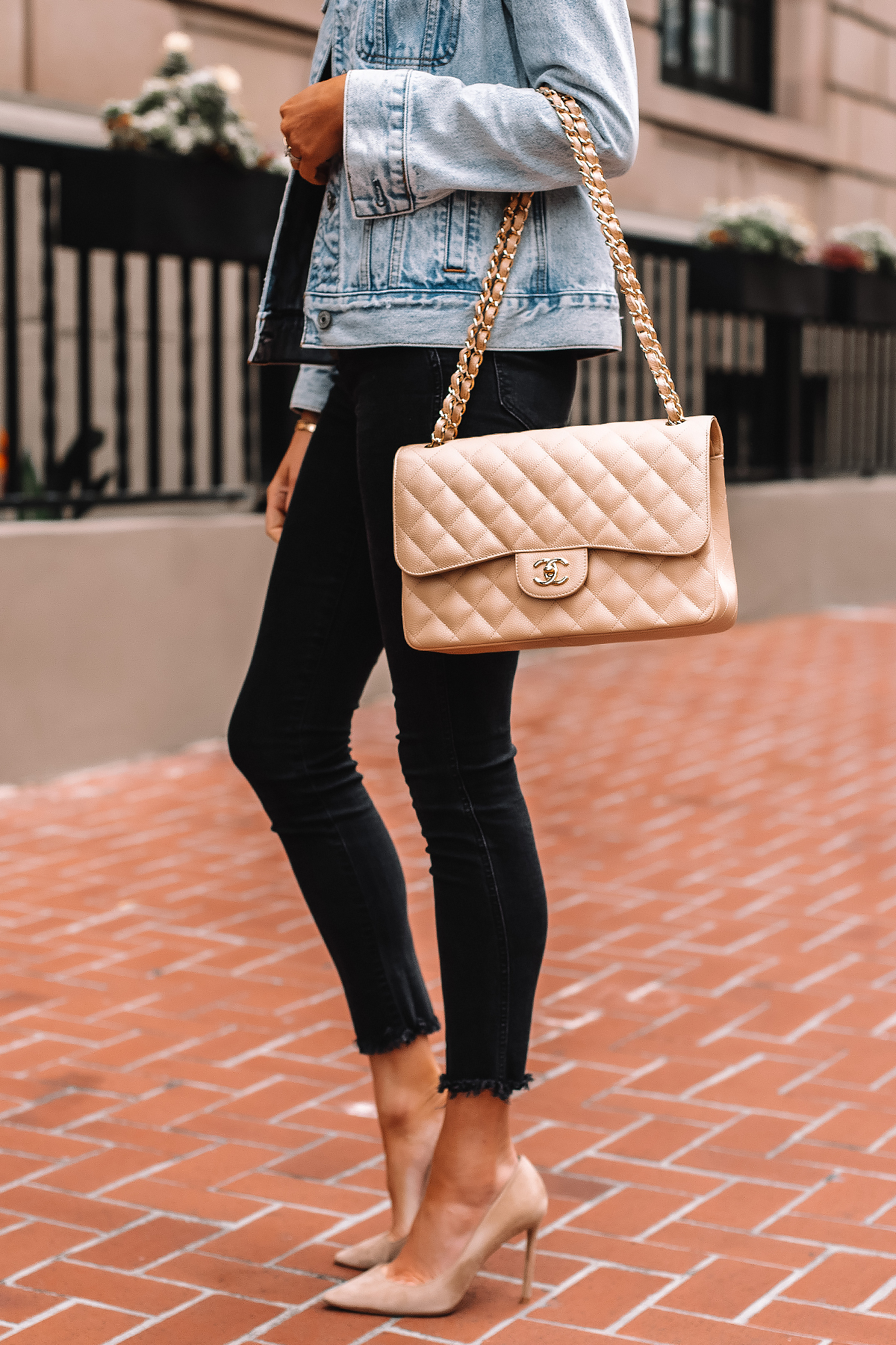 Fashion Jackson Wearing Denim Jacket Black Raw Hem Skinny Jeans Nude Pumps Chanel Jumbo Beige Clair Handbag