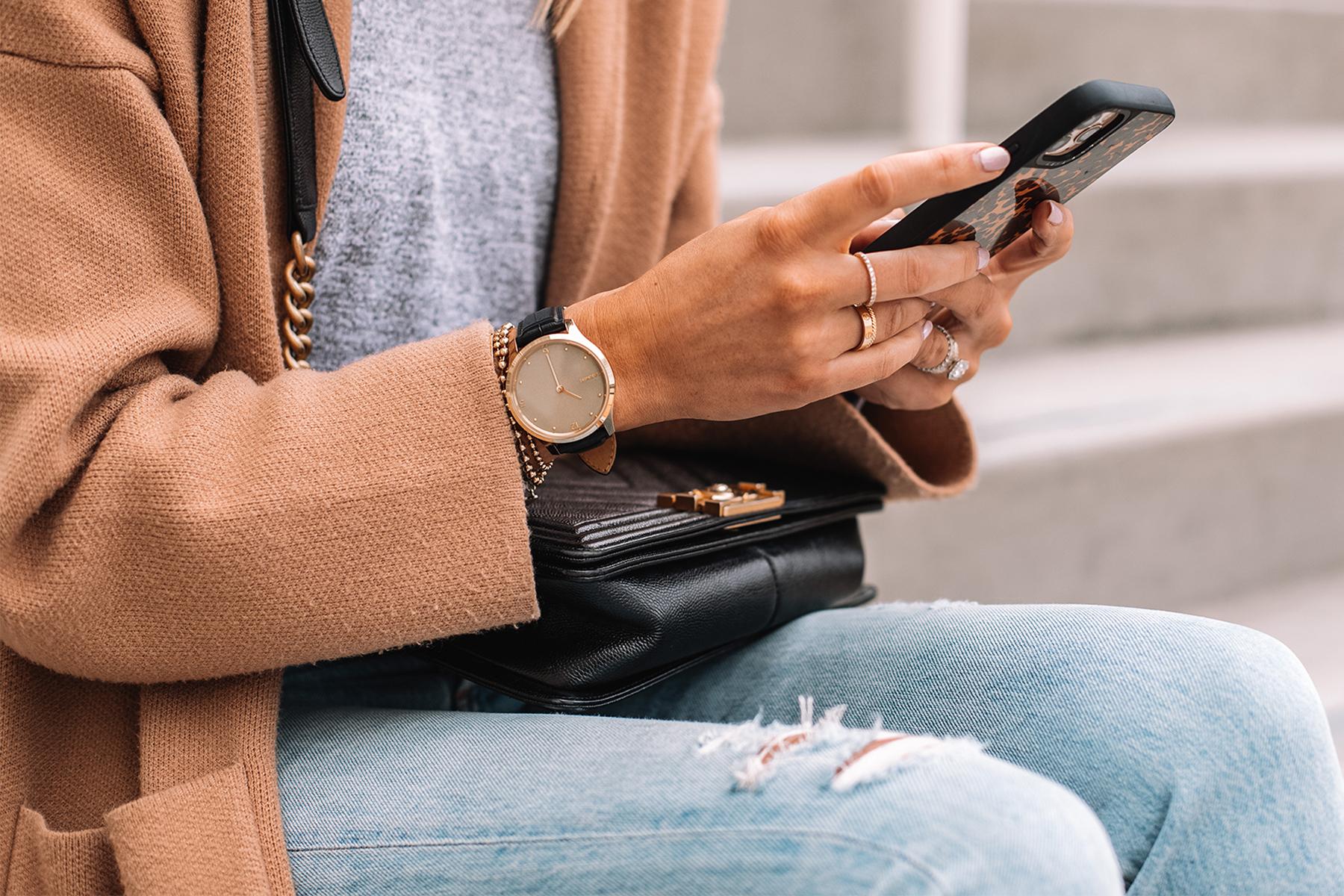 Fashion Jackson Wearing Garmin Vivomove Luxe Smartwatch Gold