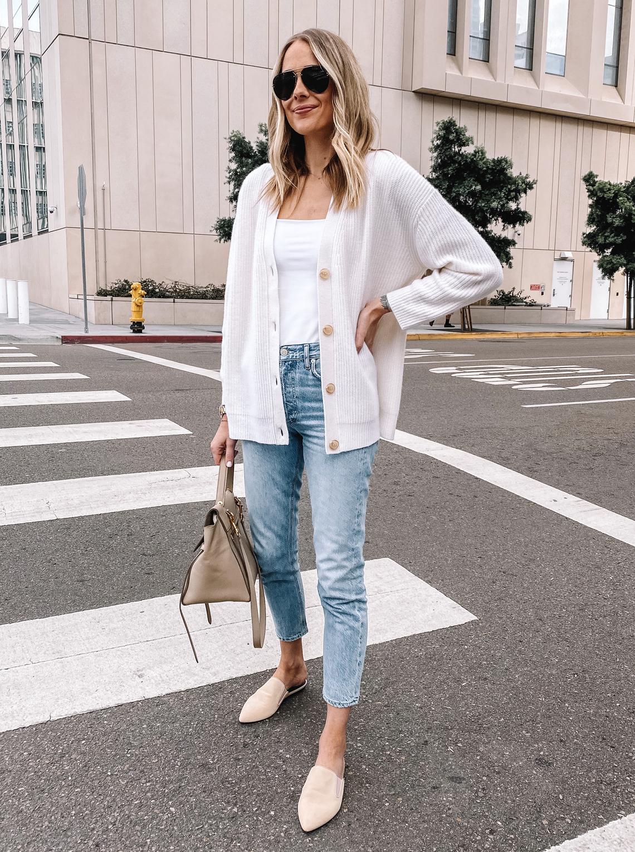 Fashion Jackson Wearing Jenni Kayne Oversized Cardigan Denim Ankle Jeans Beige Mules