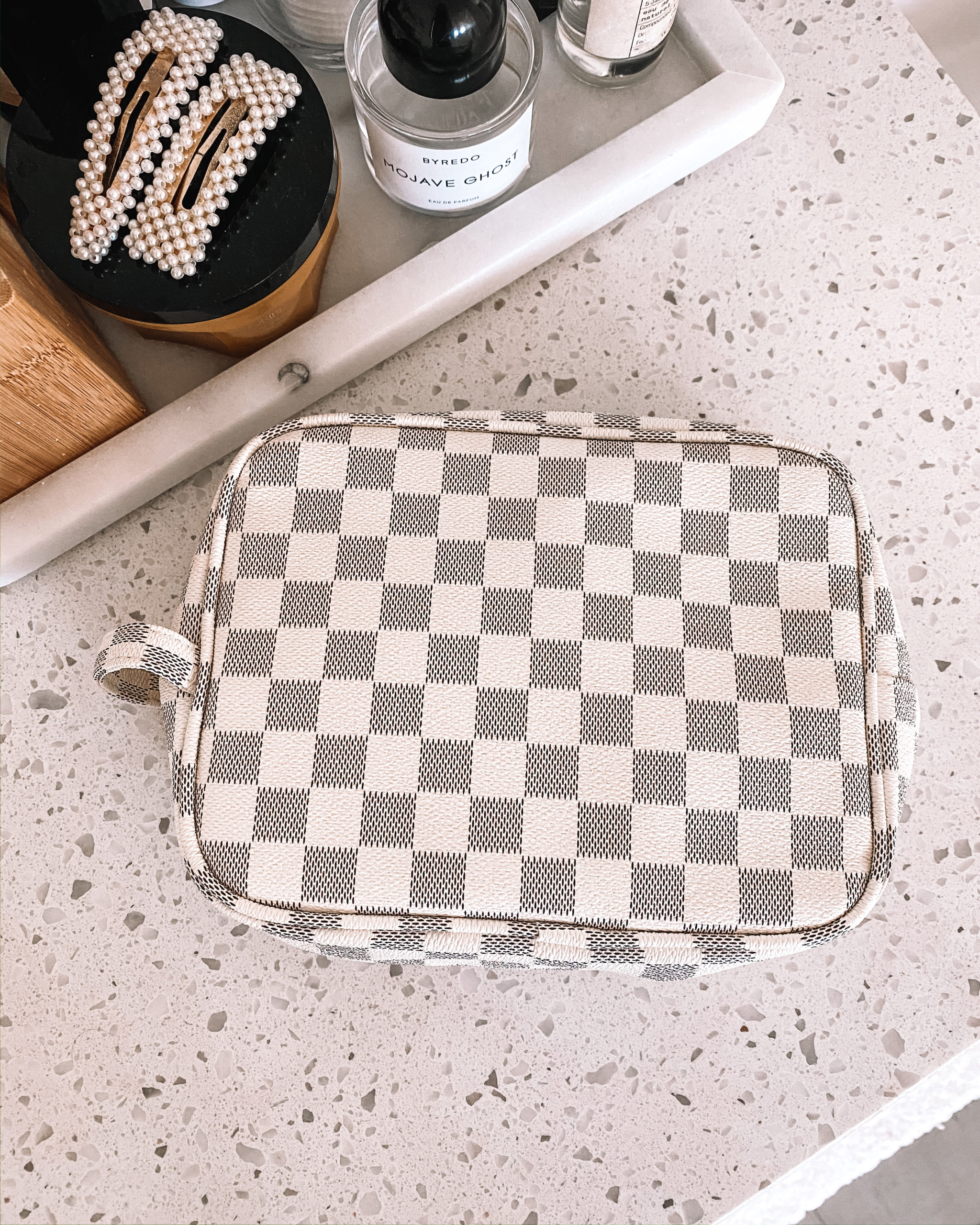 Fashion Jackson White Checkered Cosmetic Case