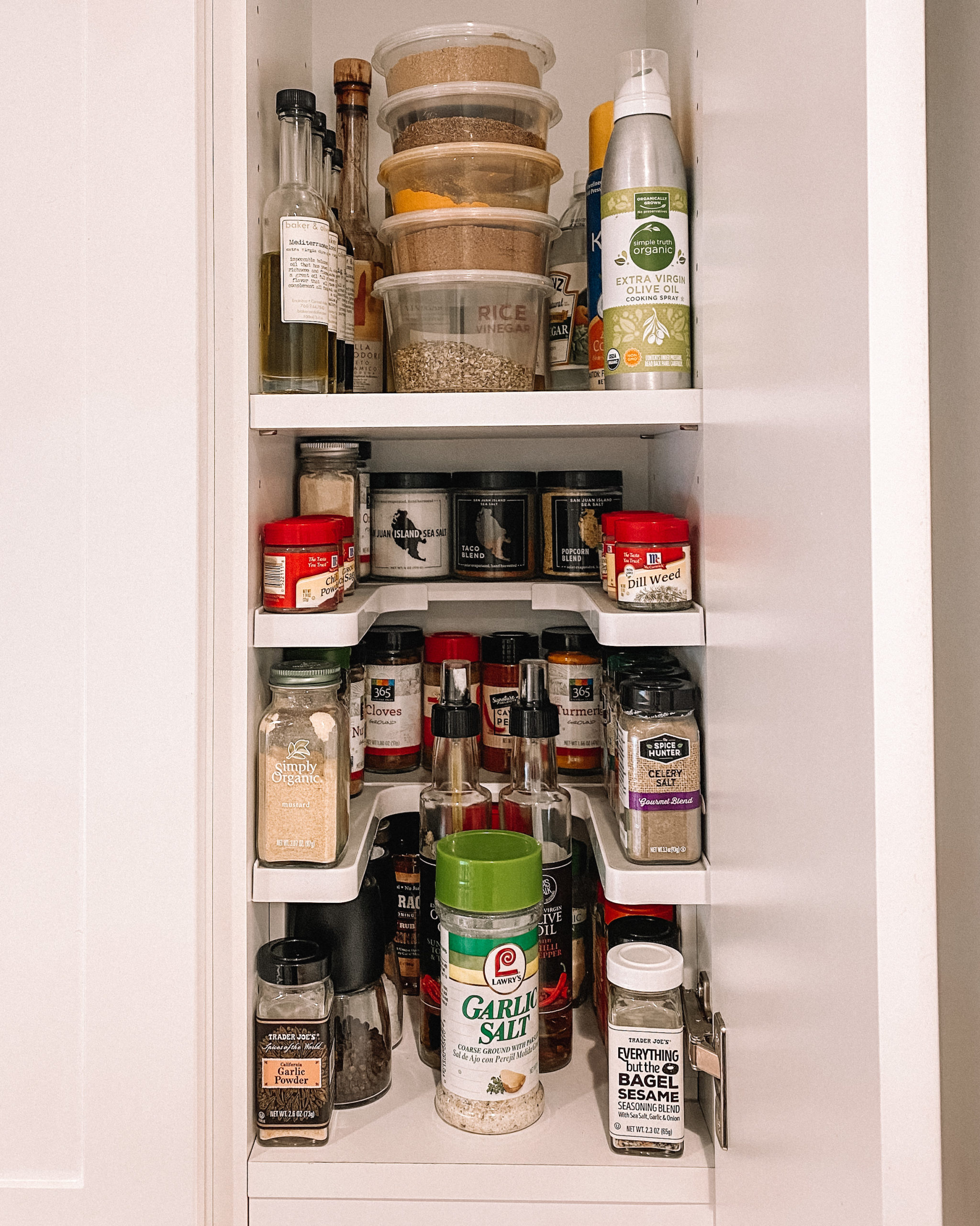 Spice Shelf Organizer