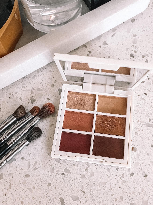 Fashion Jackson Ilia Warm Nude Eyeshadow Palette Sigma Makeup Brushes