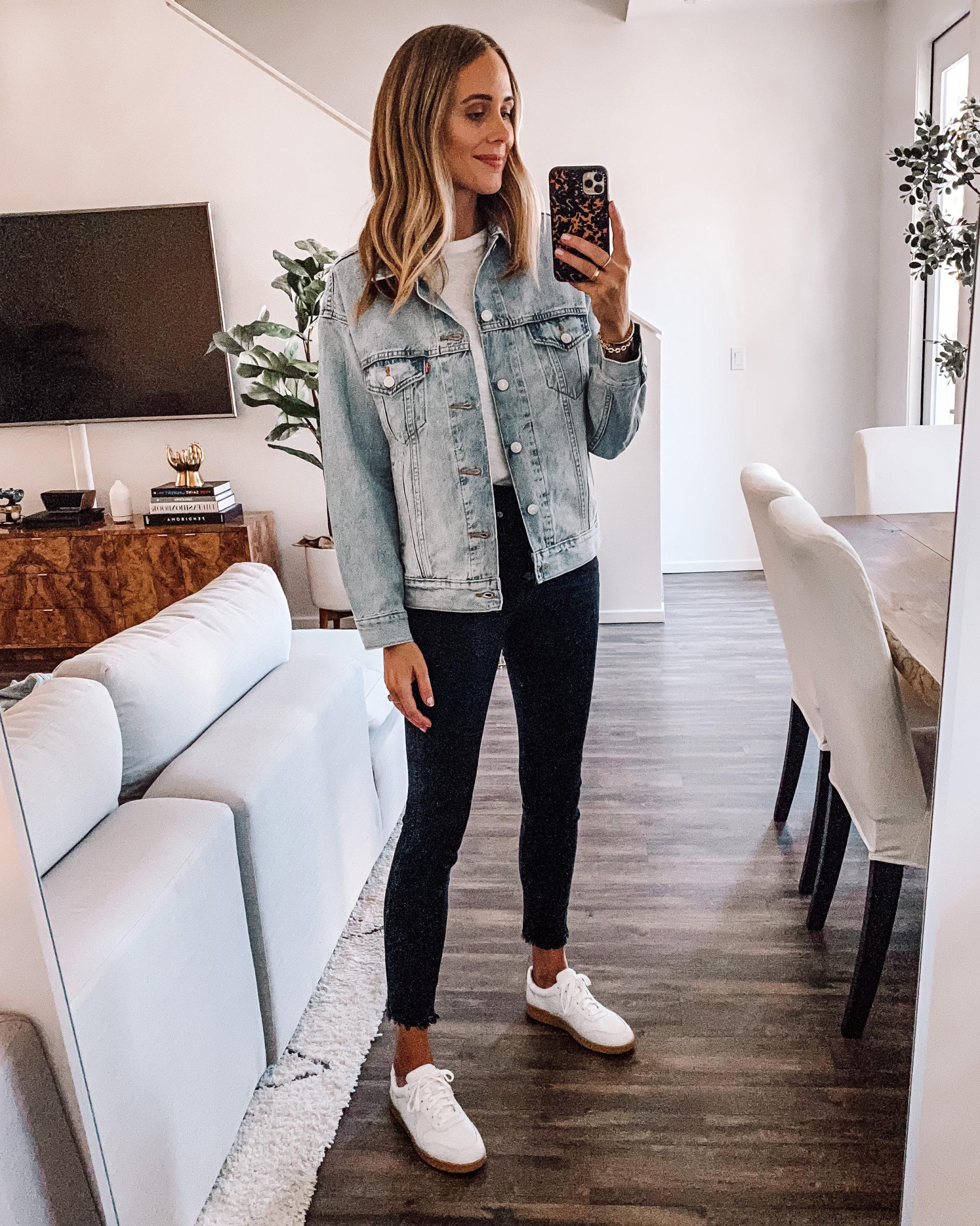 Fashion Jackson Wearing Levis Light Wash Denim Jacket White Tshirt Black Skinny Jeans Everlane White Sneakers