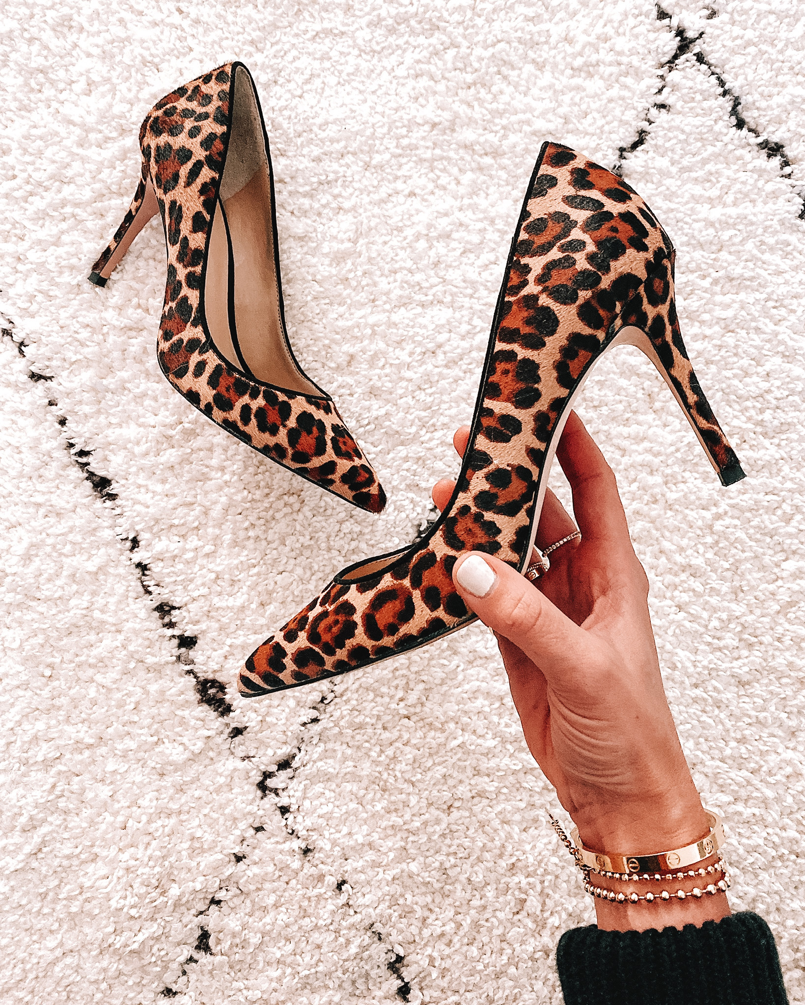 Ann Taylor Mila Leopard Print Haircalf Pumps