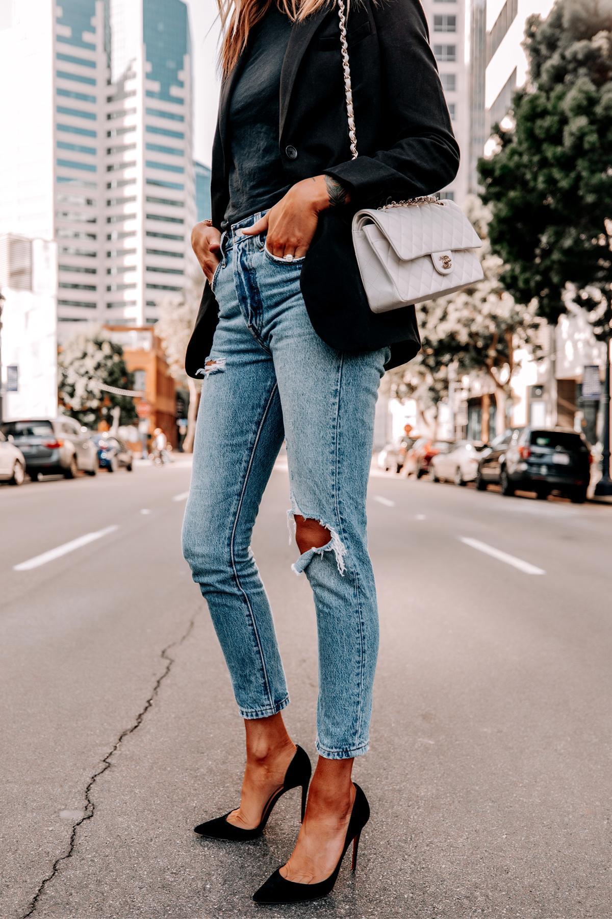 Fashion Jackson Wearing Everlane Black Blazer Black Tshirt Levis 501 Ripped Skinny Jeans Black Pumps Chanel White Medium Flap Bag