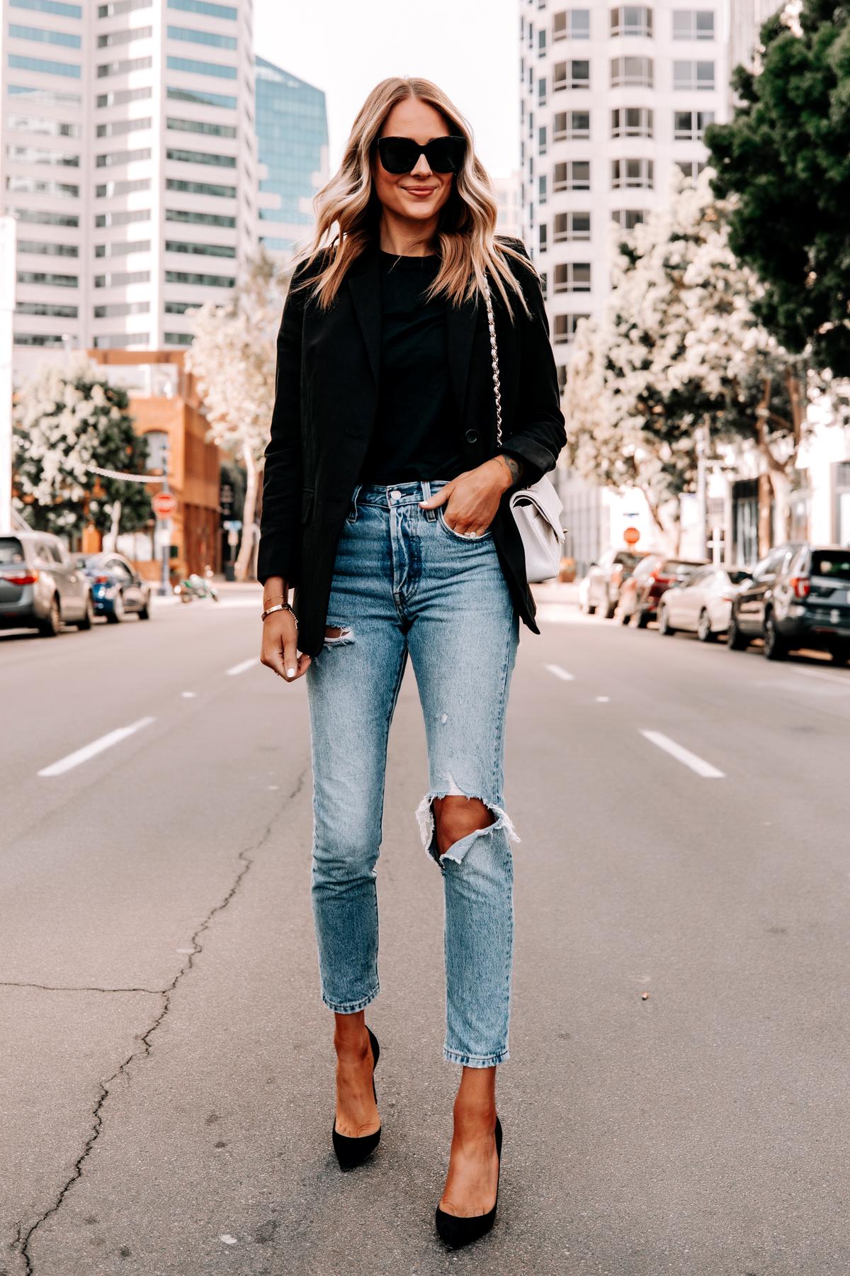 Fashion Jackson Wearing Everlane Black Blazer Black Tshirt Levis 501 Ripped Skinny Jeans Black Pumps