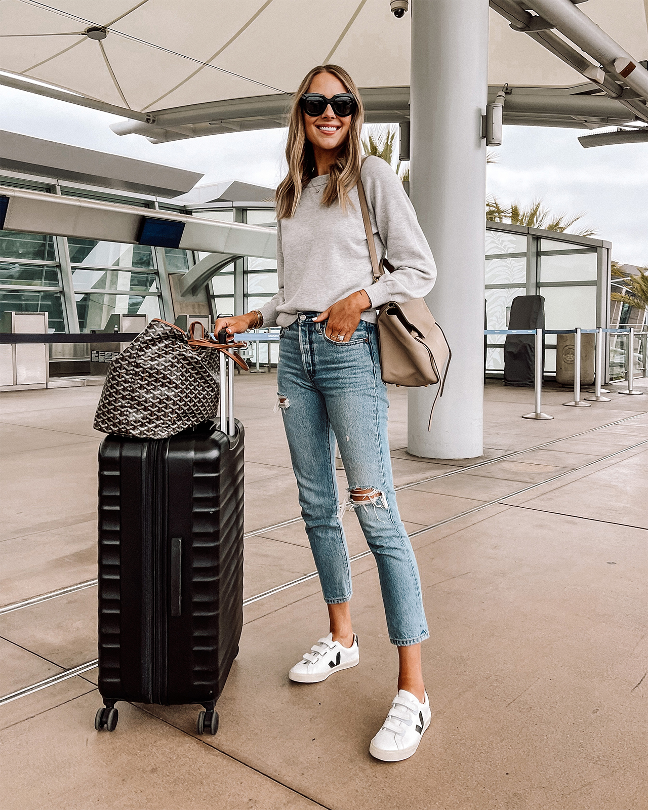 Fashion Jackson Travel Outfit Amazon Luggage 1