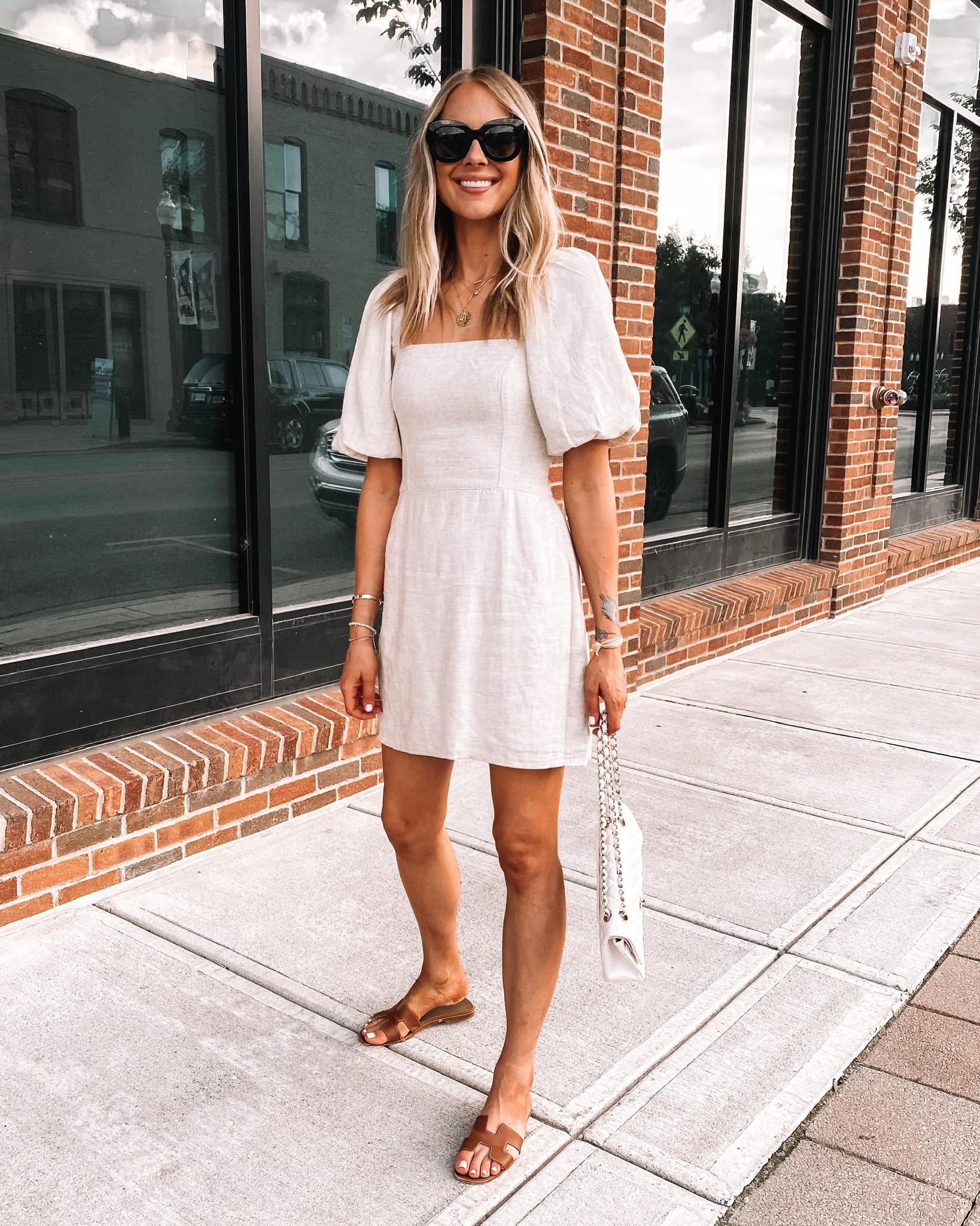 Fashion Jackson Wearing Abercrombie Linen Summer Dress