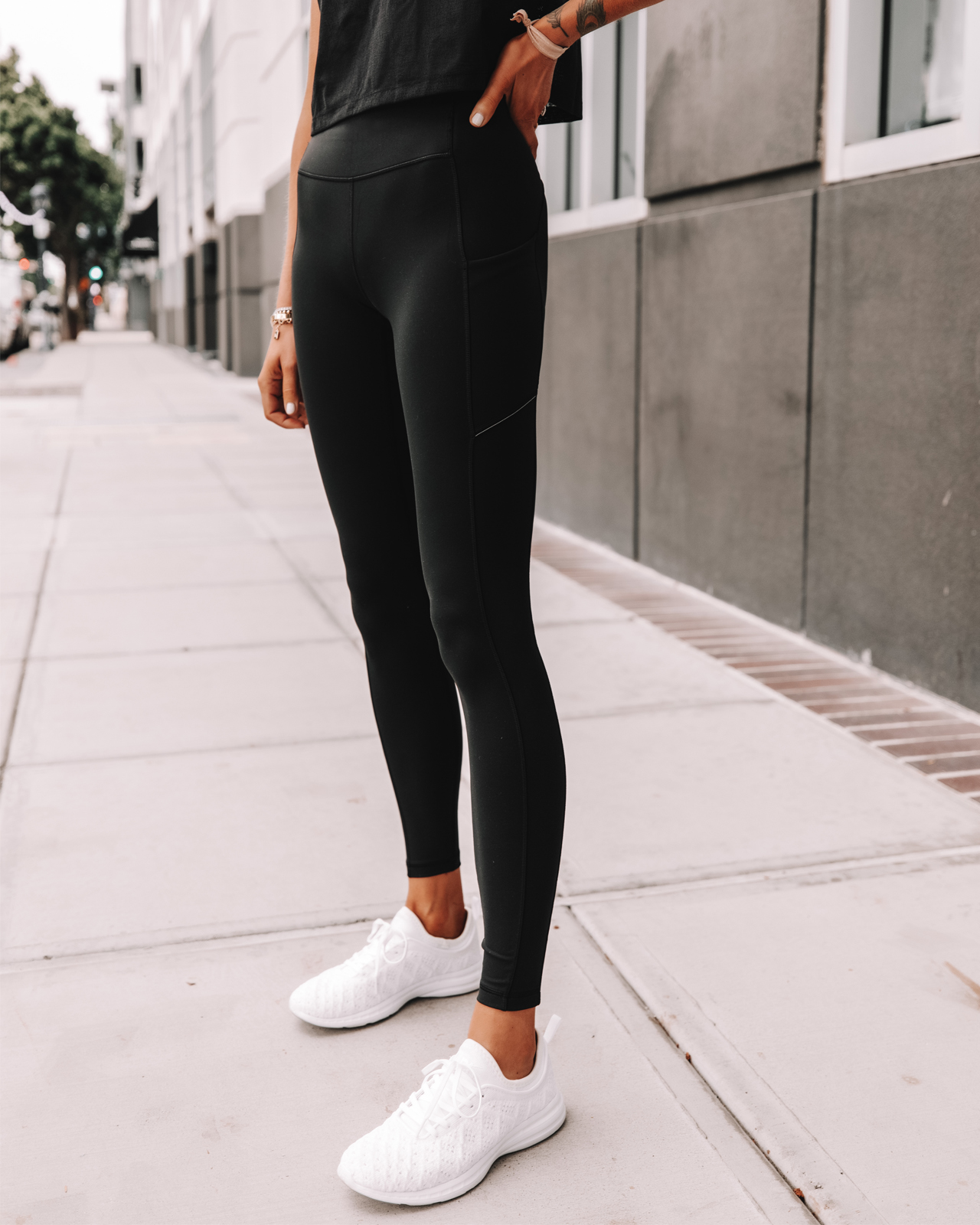 Fashion Jackson Wearing lululemon Speed Up Tights Black Leggings APL White Sneakers