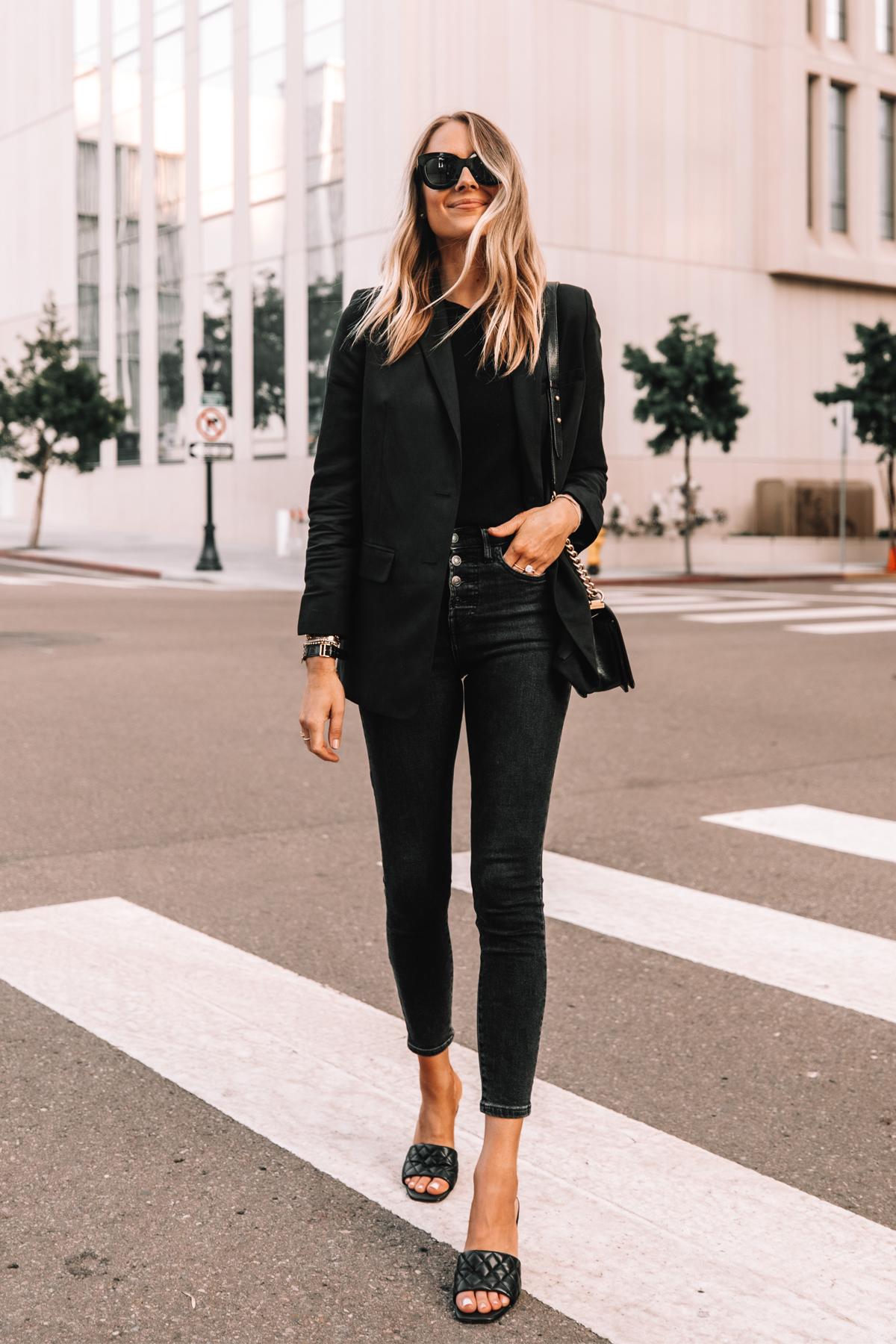 Fashion Jackson Wearing Everlane Black Blazer Everlane Black Skinny Jeans Black Heeled Sandals 1