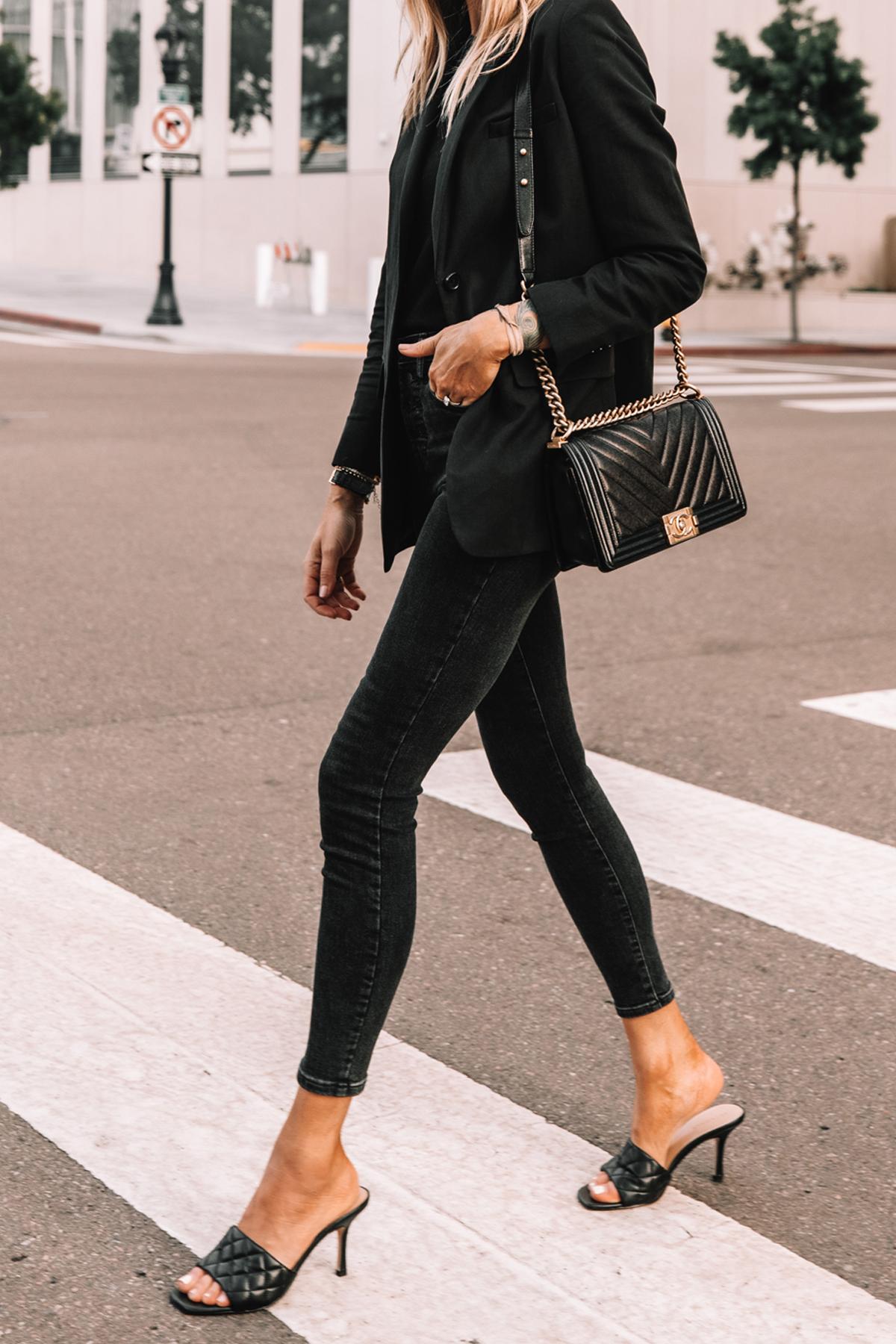Fashion Jackson Wearing Everlane Black Blazer Everlane Black Skinny Jeans Black Heeled Sandals