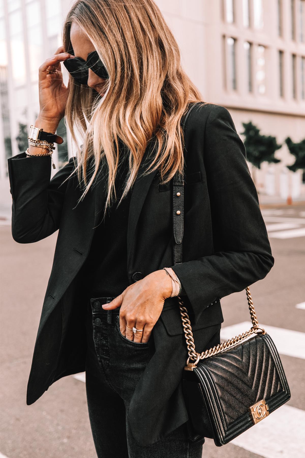 Fashion Jackson Wearing Everlane Black Blazer Everlane Black Sweater Black Skinny Jeans 1