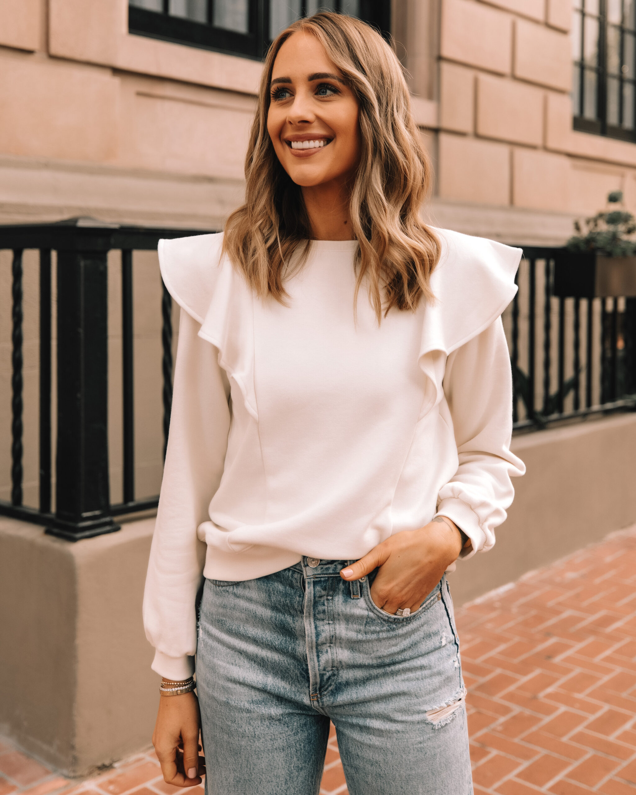 Fashion Jackson Wearing Amazon The Drop White Flutter Sleeve Sweatshirt