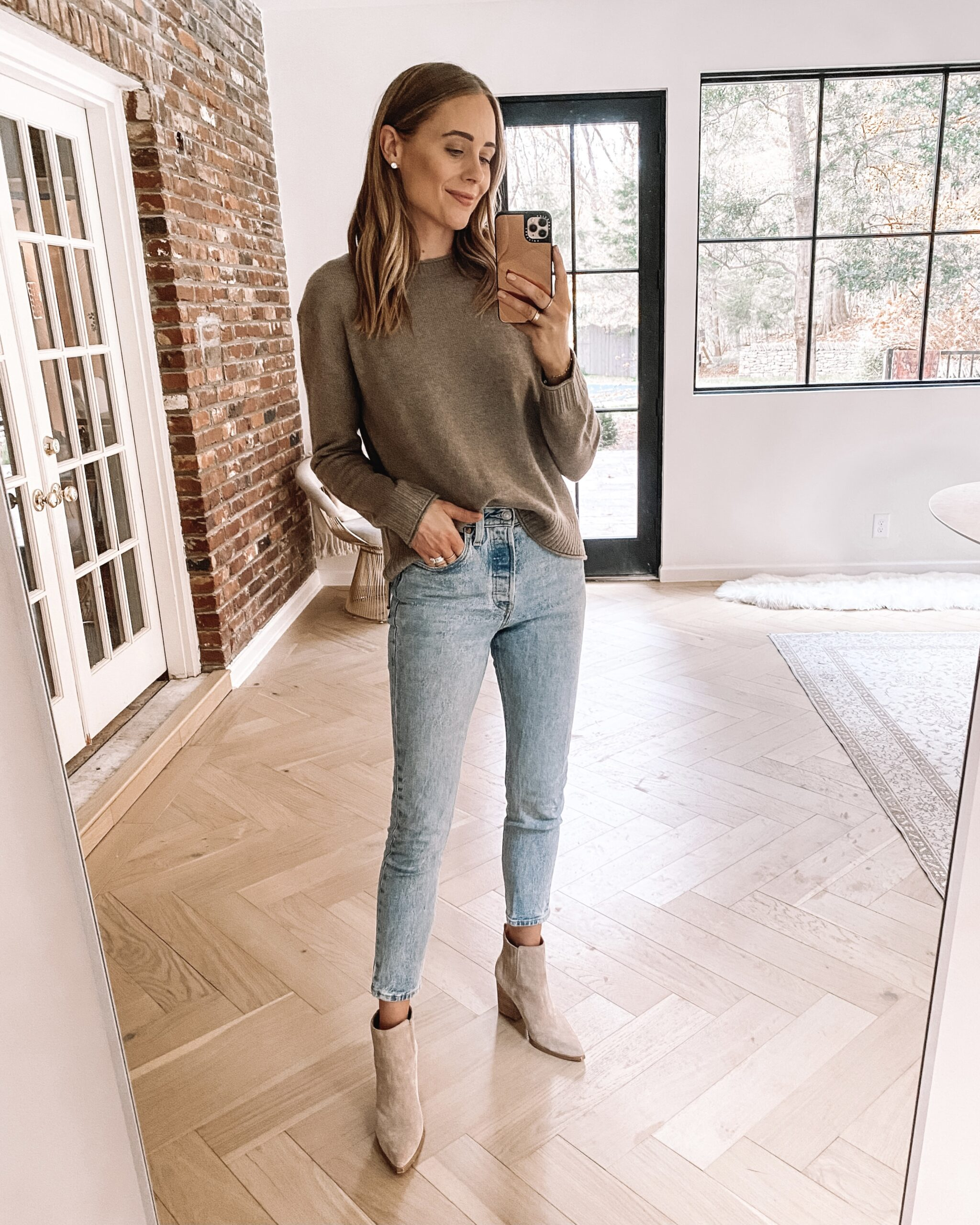 Fashion Jackson Wearing Taupe Jenni Kayne Everyday Sweater Denim Skinny Jeans Tan Suede Booties