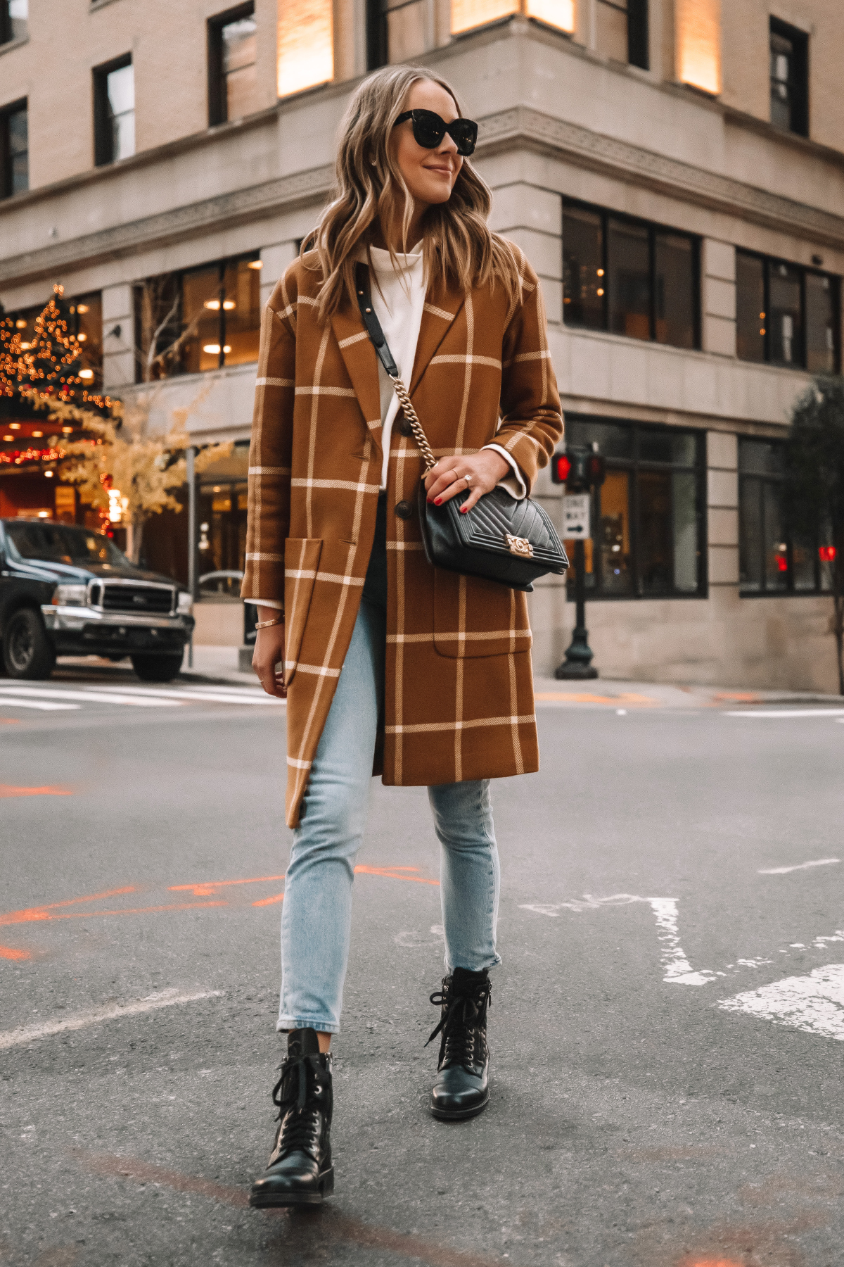 Fashion Jackson Madewell Camel Plaid Coat Levis Jeans Combat Boots Street Style Outfit