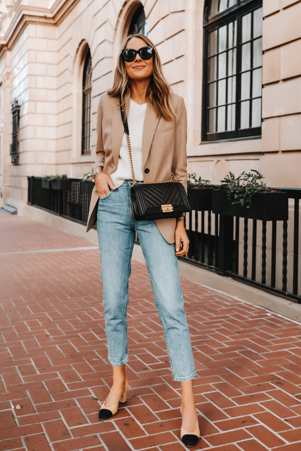 Fashion Jackson Wearing Everlane Oversized Blazer Beige Twill White Sweater Casual Jeans Chanel Slingbacks Chanel Boy Bag Business Casual Outfit 1