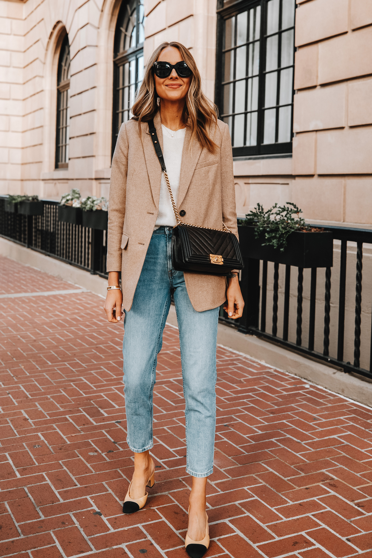 Fashion Jackson Wearing Everlane Oversized Blazer Beige Twill White Sweater Casual Jeans Chanel Slingbacks Chanel Boy Bag Business Casual Outfit 2