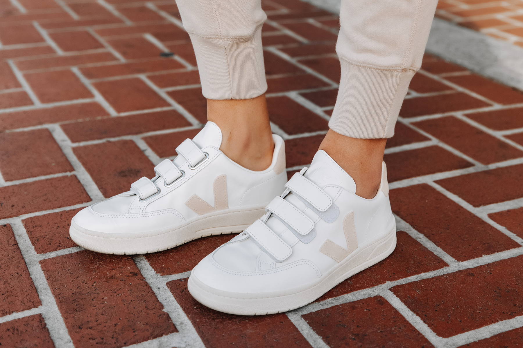 Fashion Jackson Veja V-LOCK Sneaker Review