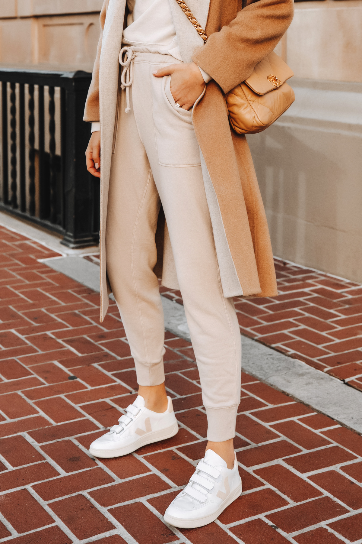 Fashion Jackson Wearing Beige Sweatpants Veja V-LOCK Sneakers
