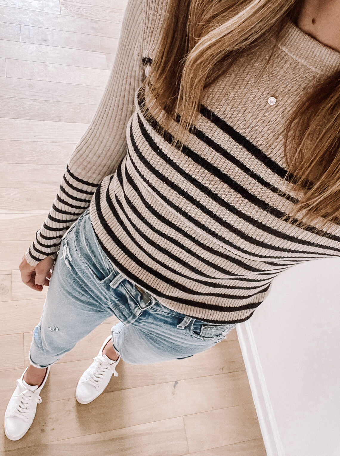 Fashion Jackson Wearing Rag and Bone Stripe Top Jeans White Sneakers Outfit