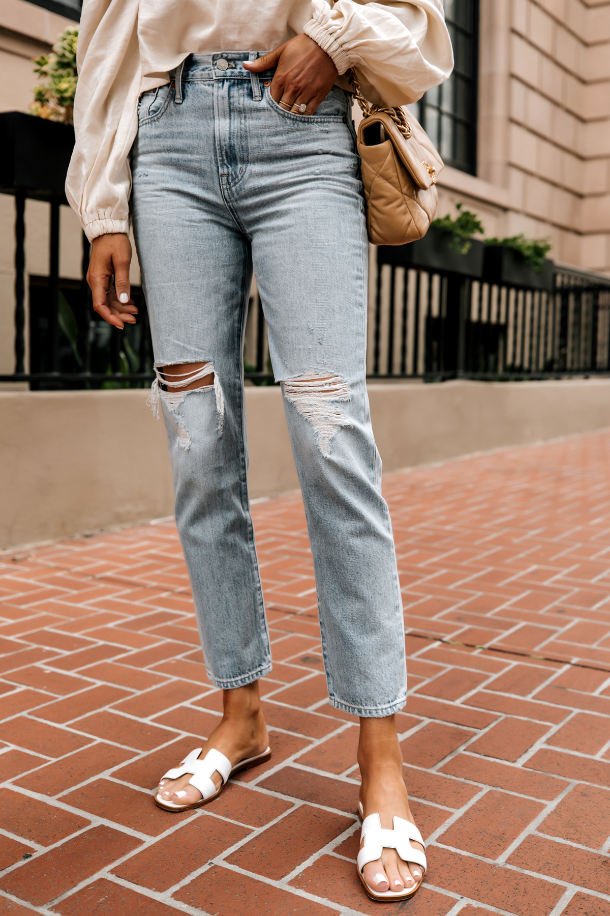 Fashion Jackson Wearing Madewell The Perfect Vintage Jean in Calabria Wash Ripped White Hermes Sandals