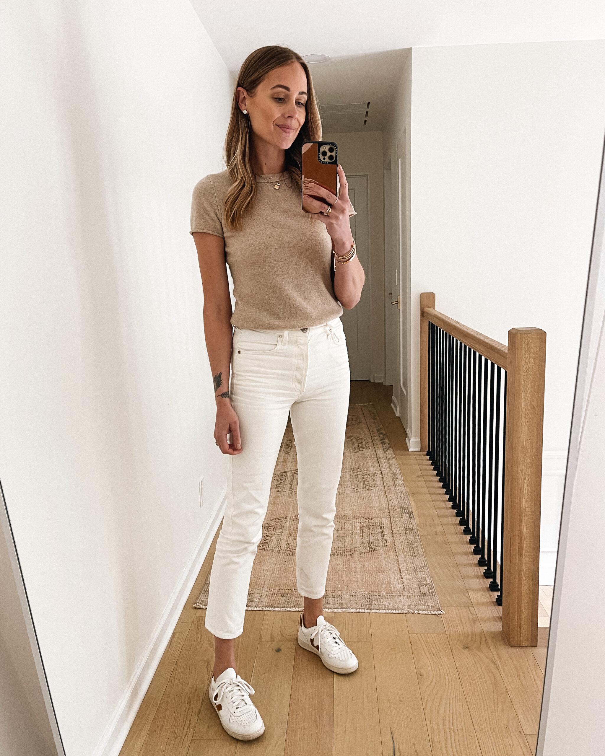 Fashion Jackson Wearing Short Sleeve Beige Sweater White Jeans Veja V10 Outfit
