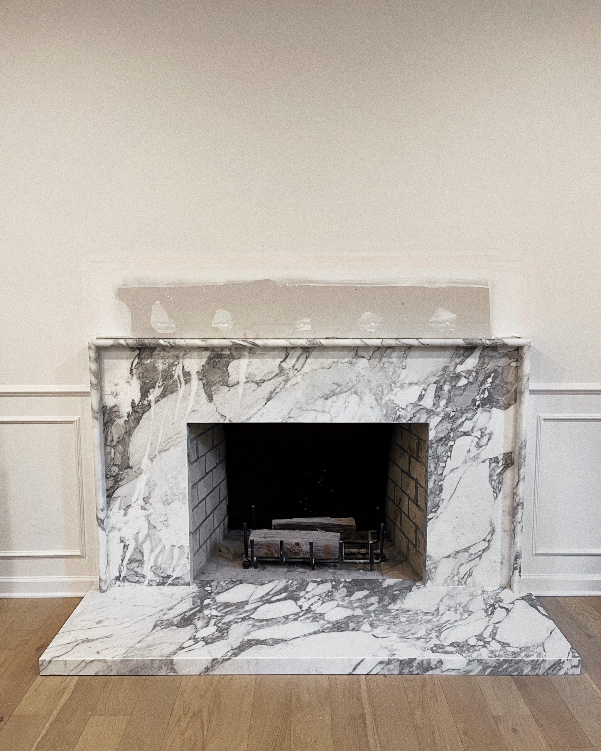 Fashion Jackson Marble Fireplace