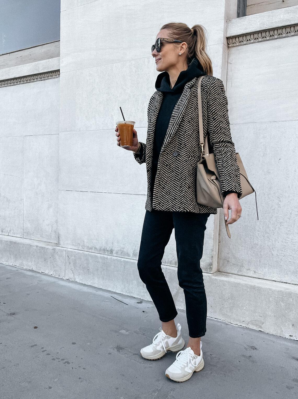 Fashion Jackson Wearing Anine Bing Houndstooth Blazer Black Hoodie Black Jeans Veja Dad Snekaers Casual Fall Outfit